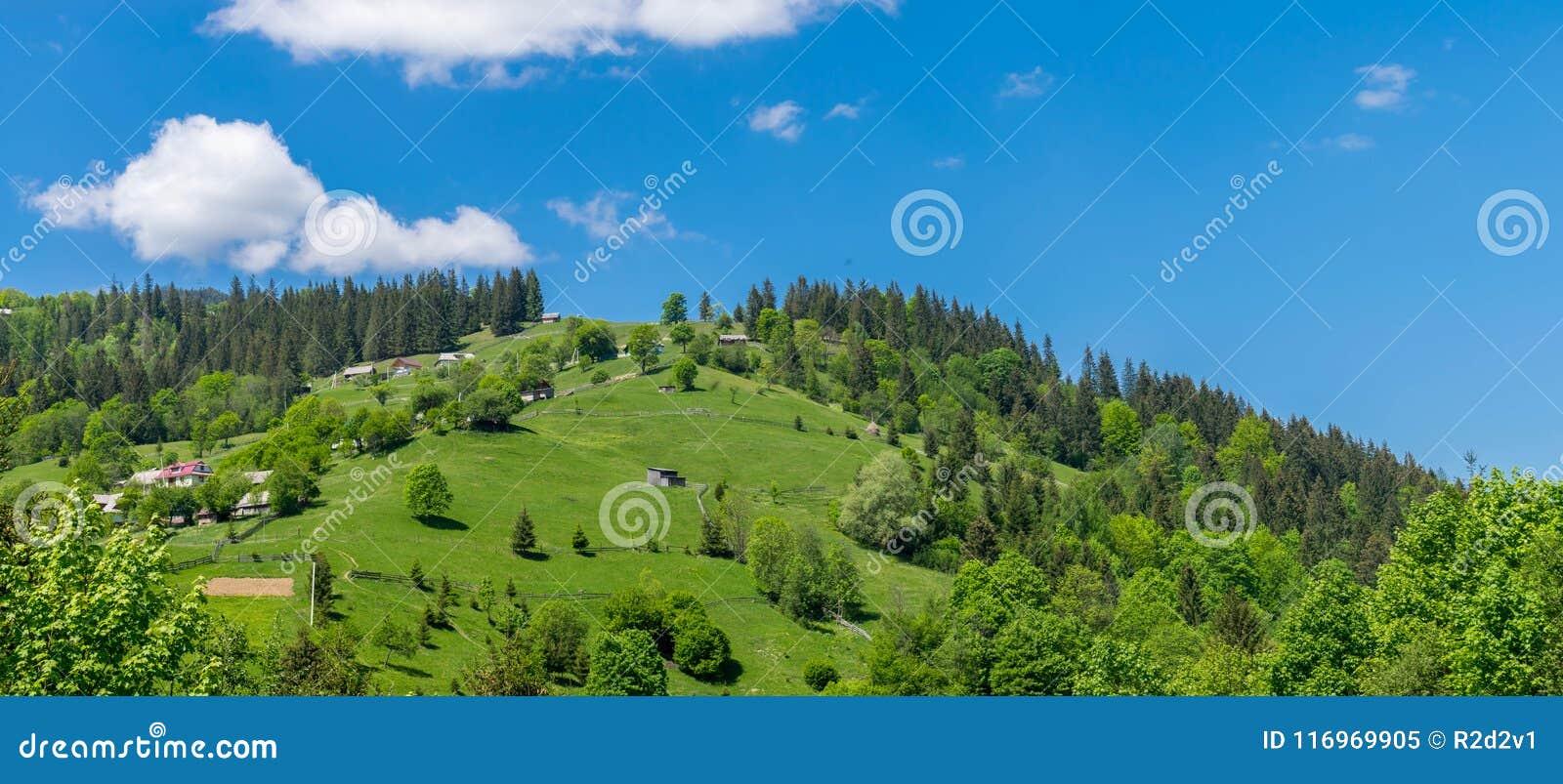 Het dorp op de heuvel