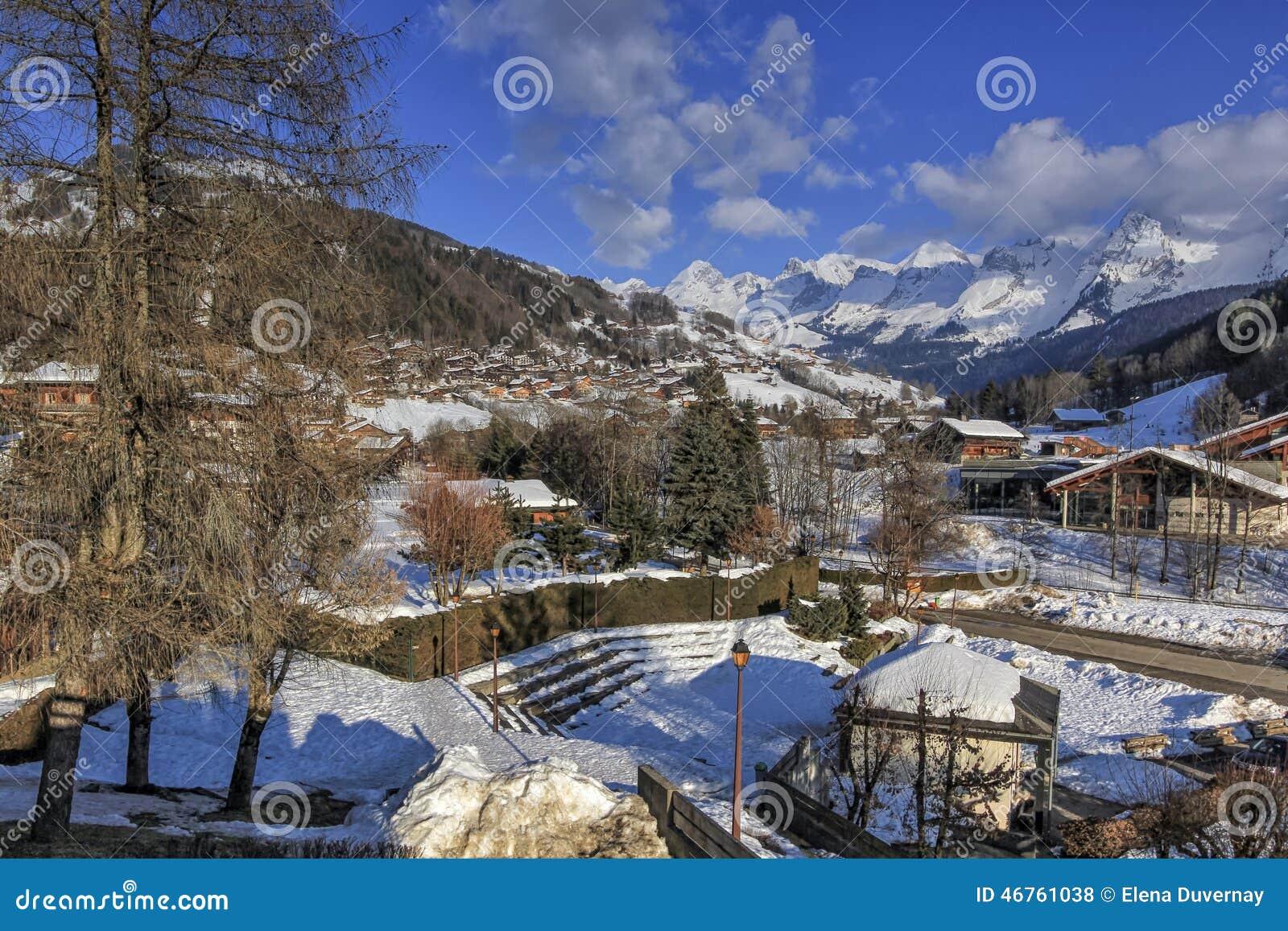 Het dorp van le Grand-Bornand, Alpen, Frankrijk
