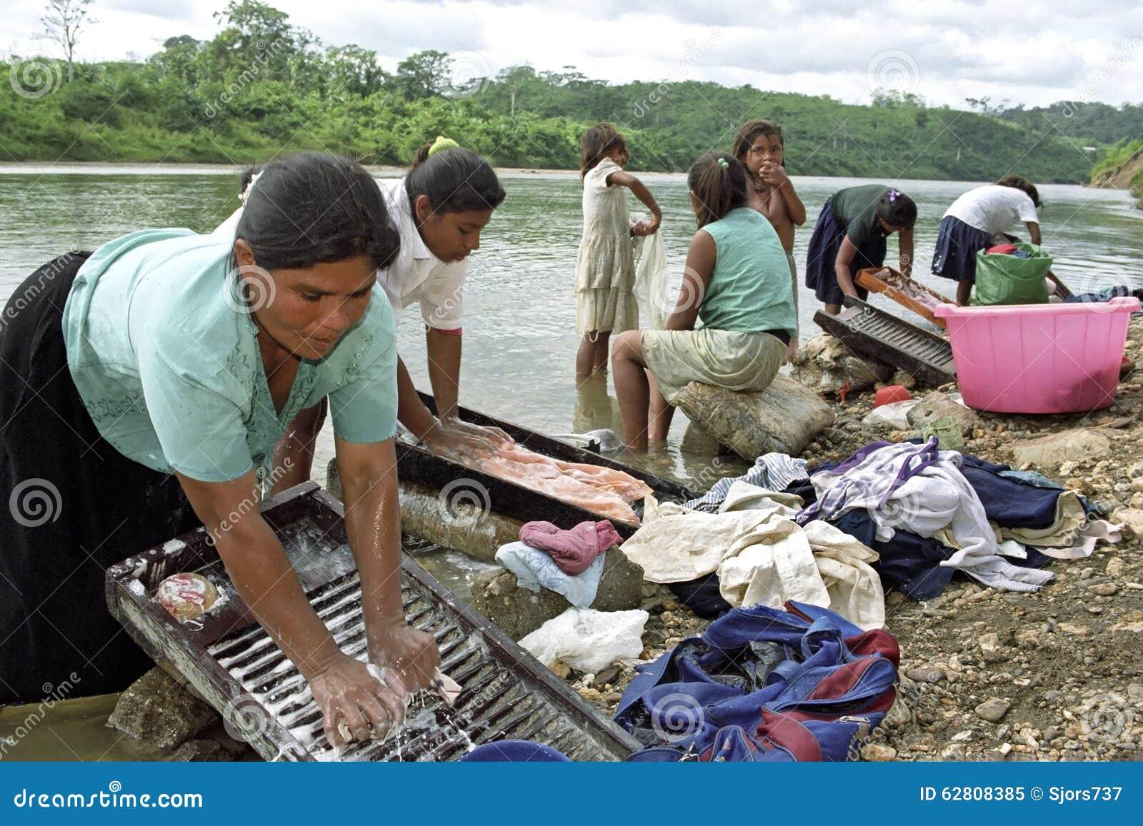 Het dorpsleven van de Rivier van Indiërs Coco, Nicaragua