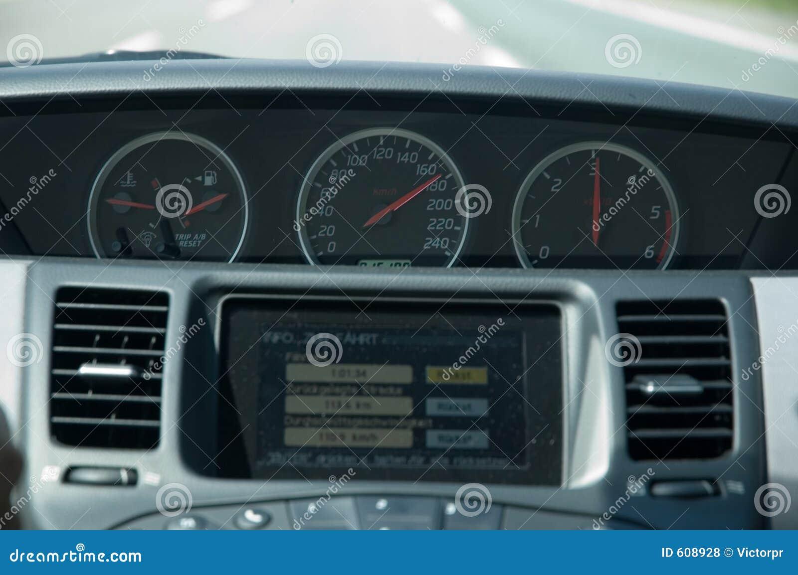 Het drijven van de hoge snelheid (Nissan)