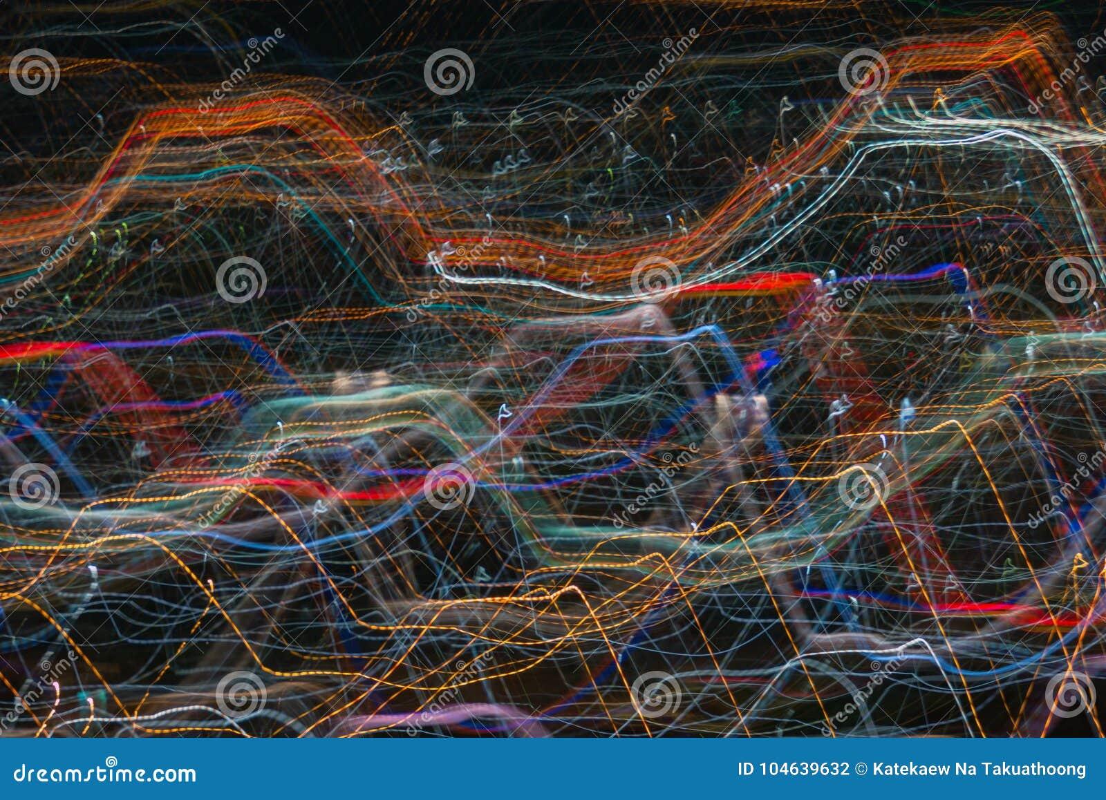 Download Het Effect Van Het Ontploffingsgezoem, Lichte Lijnen Met Lange Blootstelling Stock Foto - Afbeelding bestaande uit schitter, donker: 104639632