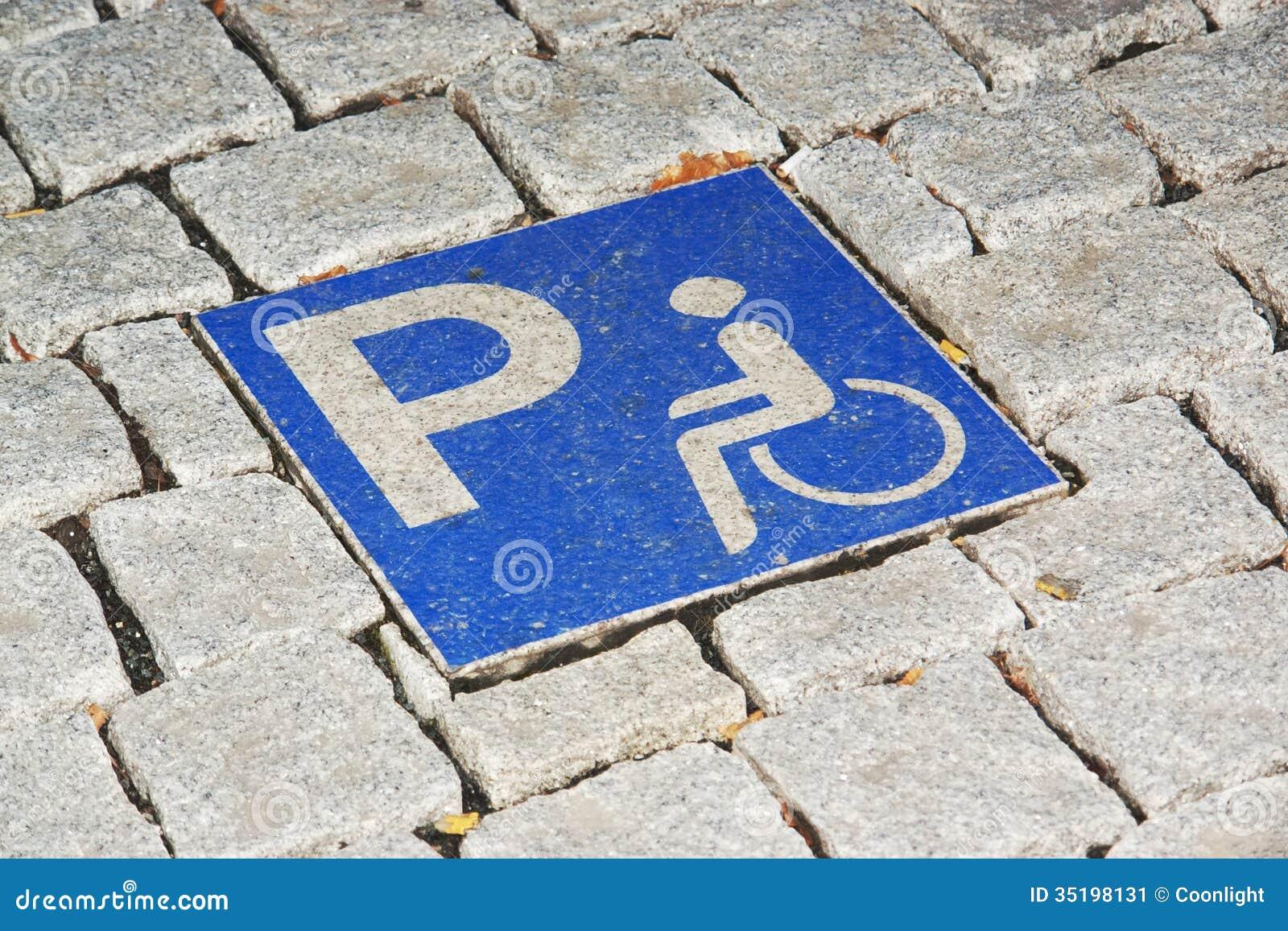 Het gehandicapte parkeren
