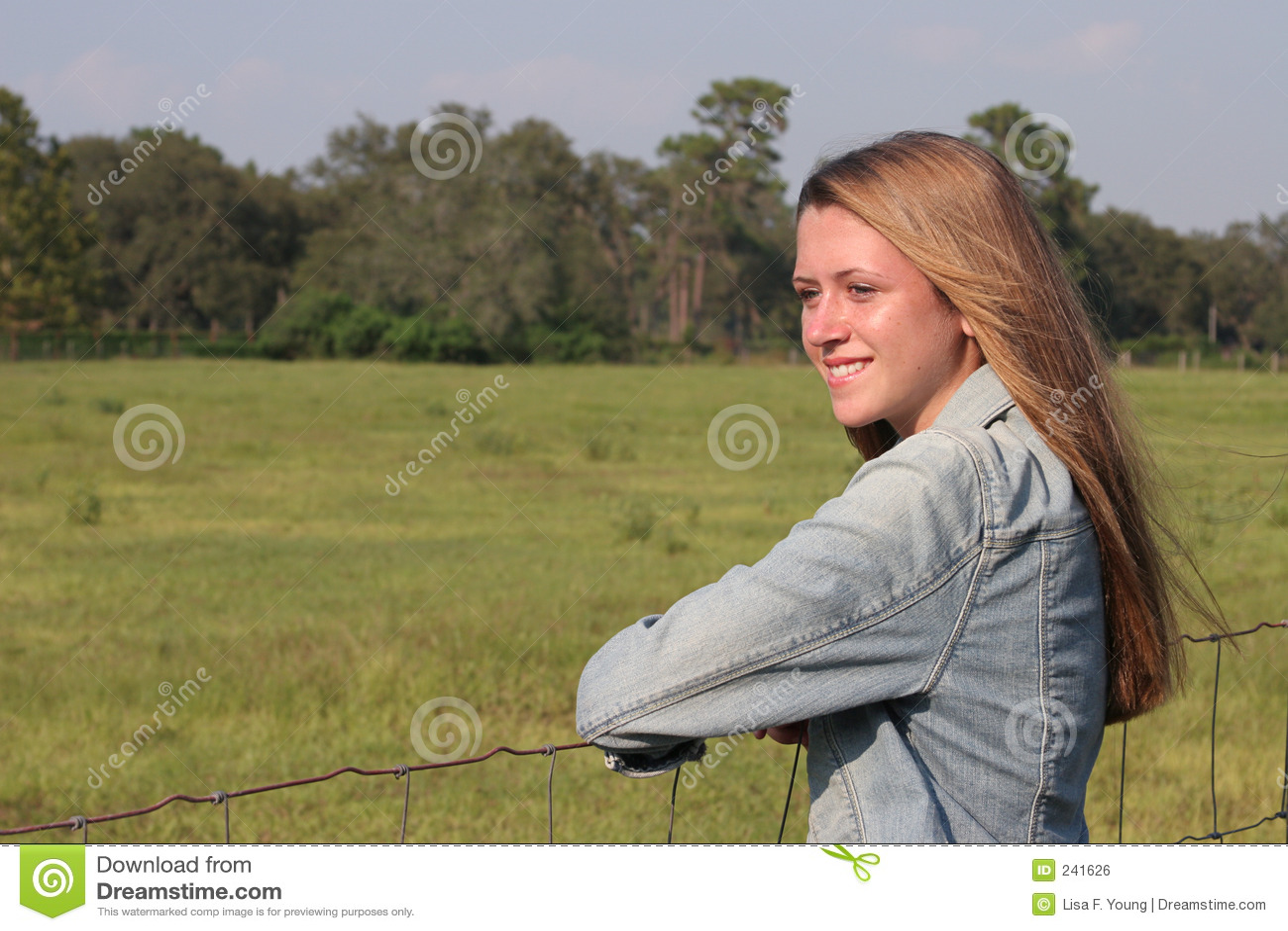 Het gelukkige Meisje van het Landbouwbedrijf