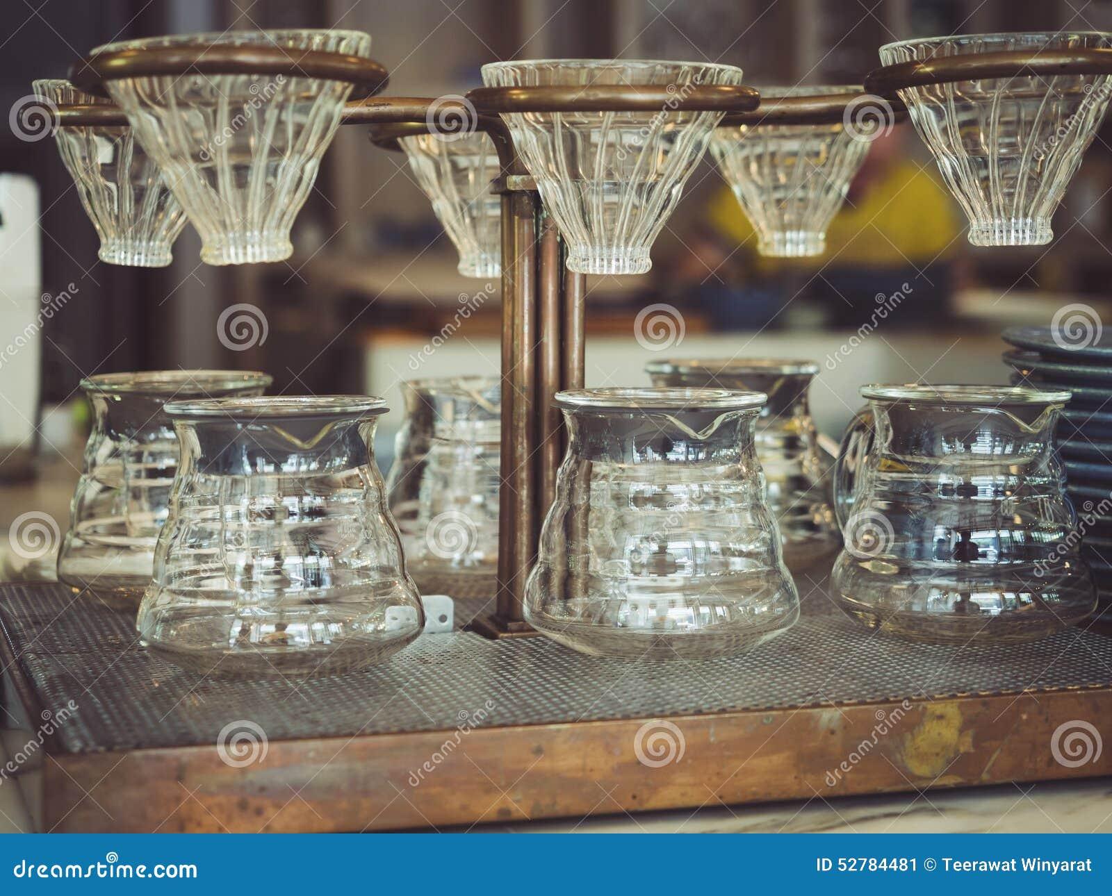 Het glas Uitstekende stijl van de druppelkoffie