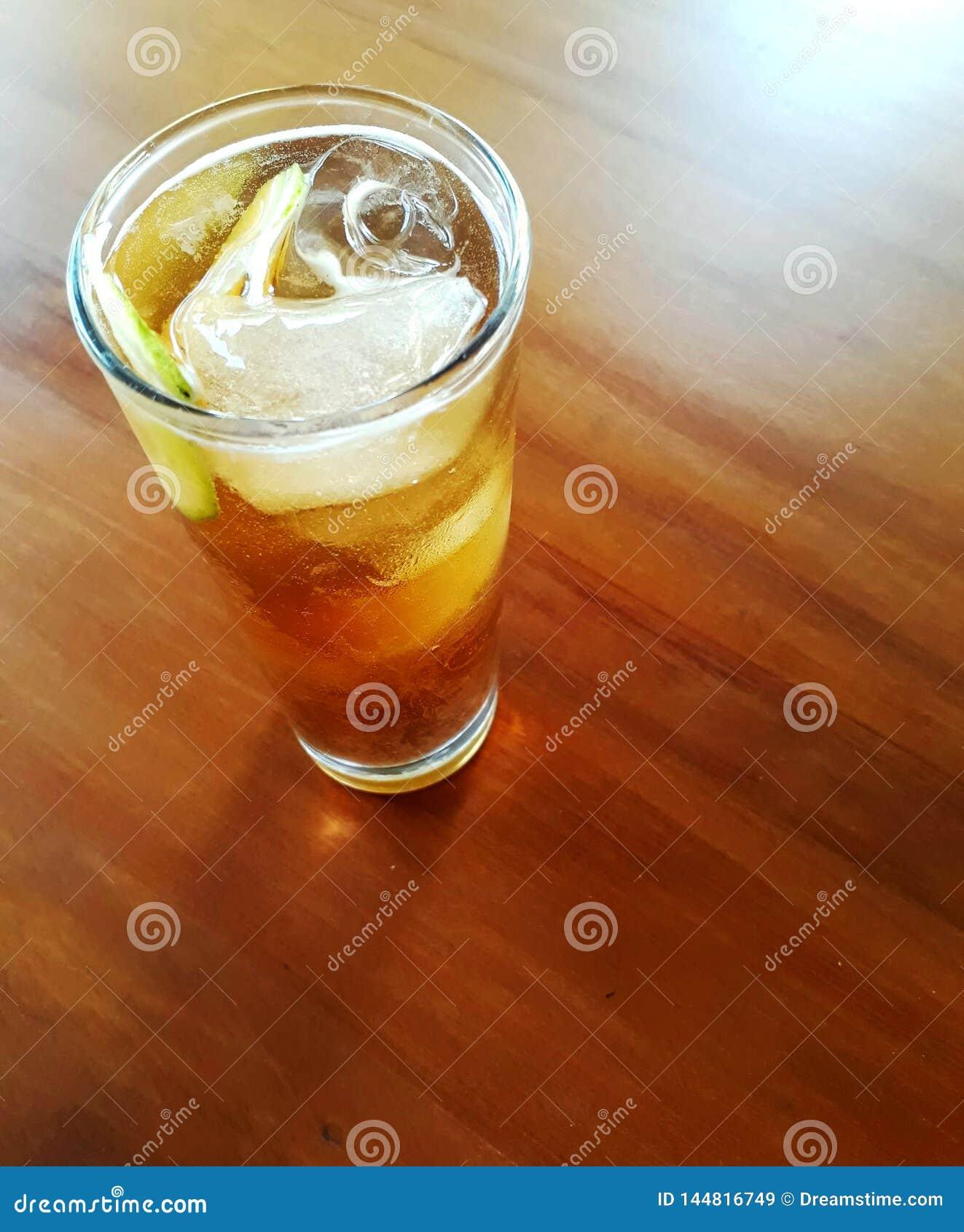 Het glaslijst van de ijsthee