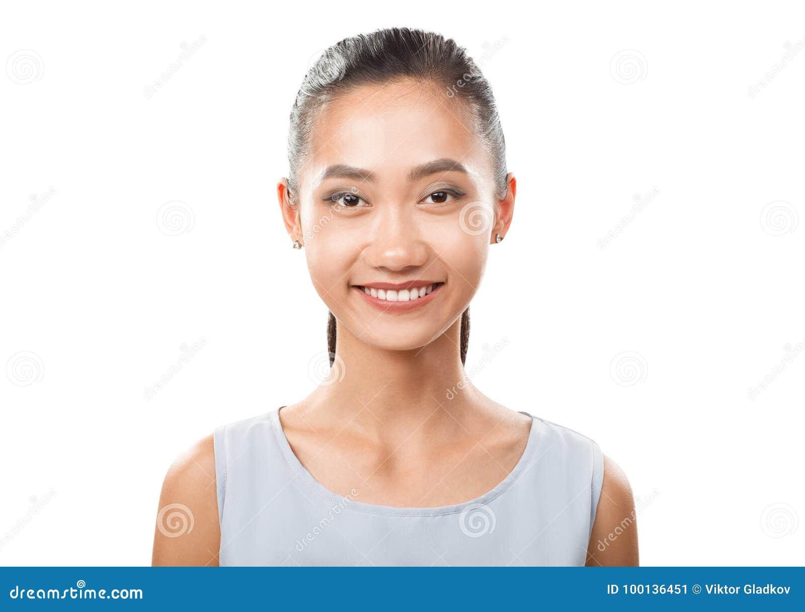Het glimlachen het Aziatische portret van de vrouwenclose-up