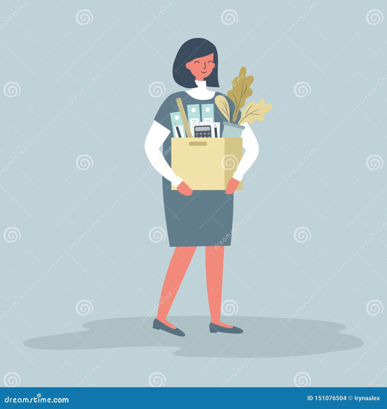 Het glimlachen jonge het bureaulevering van de vrouwenholding Concept: de werknemer ontving een nieuwe baan