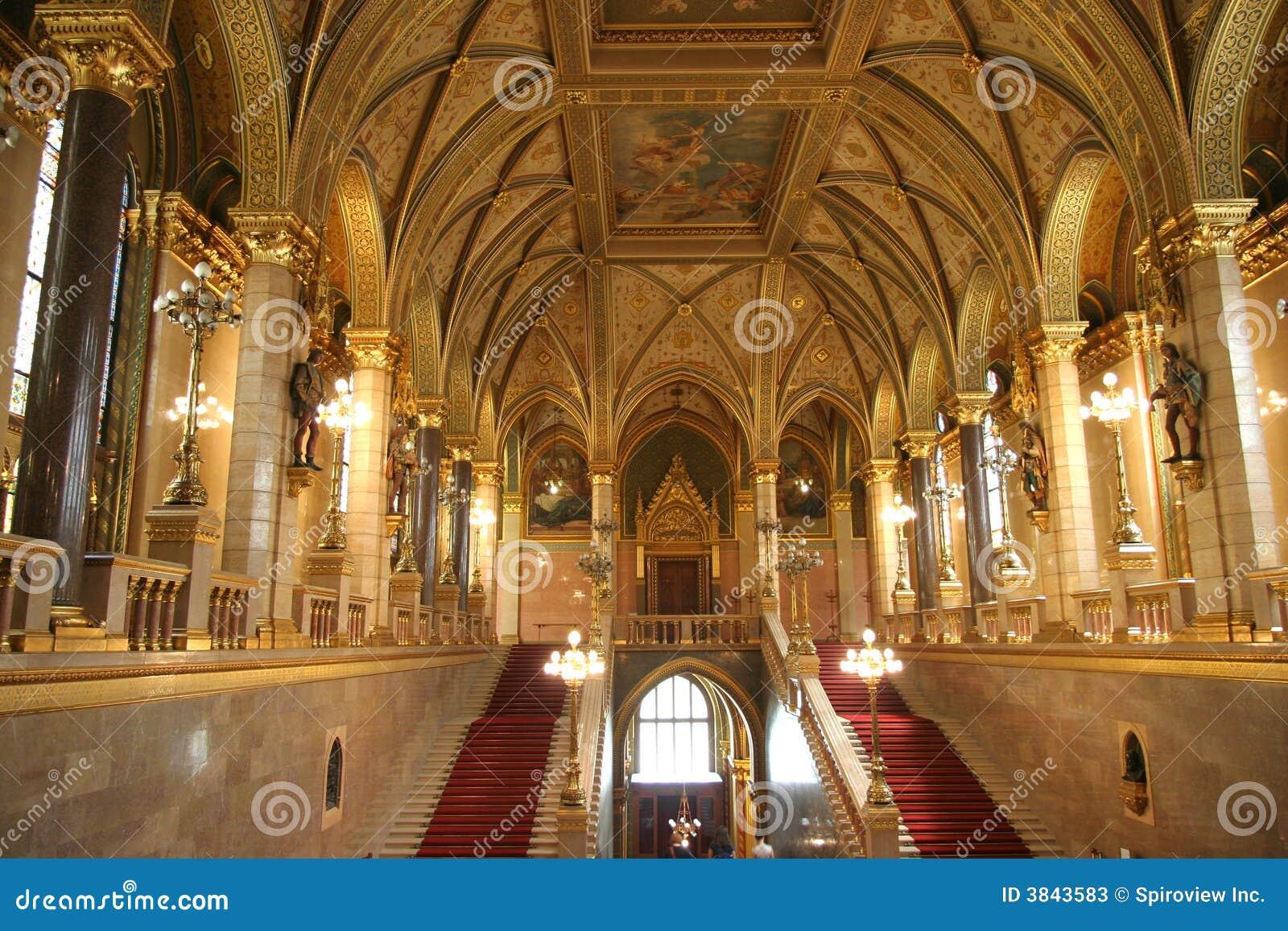 Het hongaarse binnenland van de bouw van het parlement stock afbeelding afbeelding 3843583 - Het upgraden van m ...