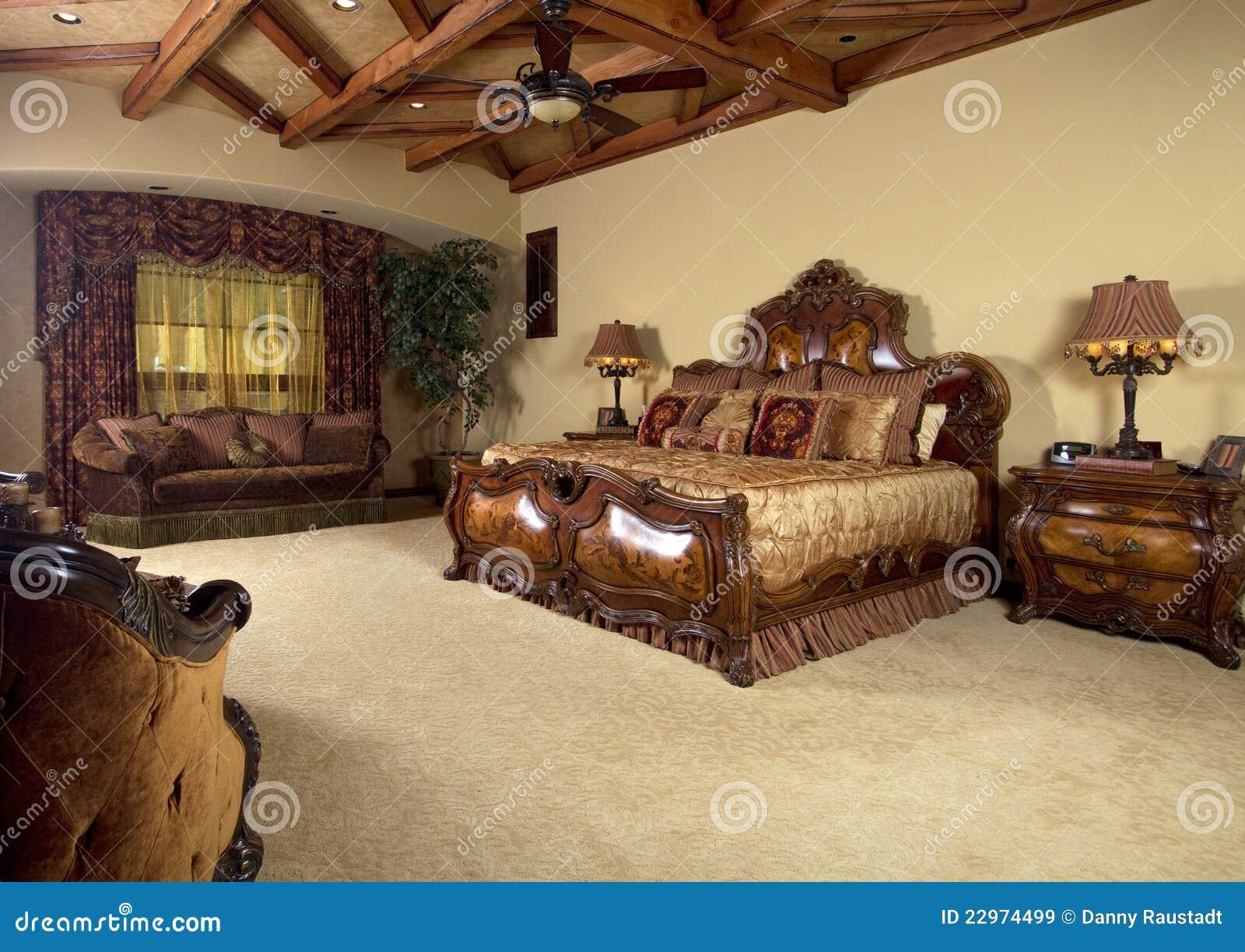 Het hoofd unieke bed van de slaapkamer royalty vrije stock ...