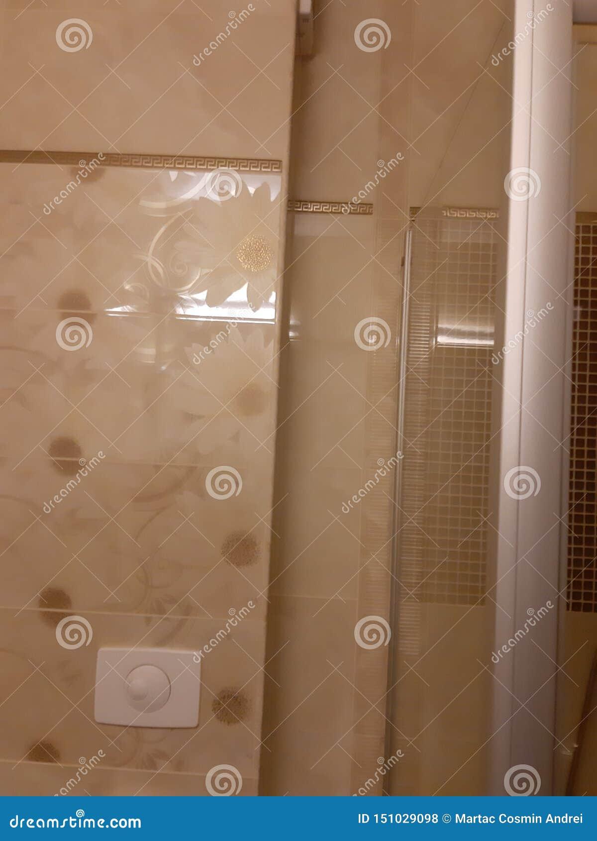 Het hotel van de badkamersmuur