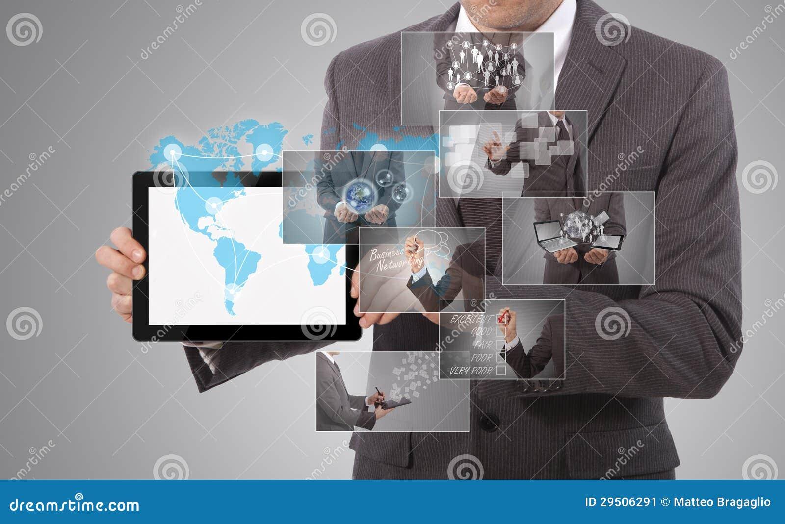 Het houden van een tablet