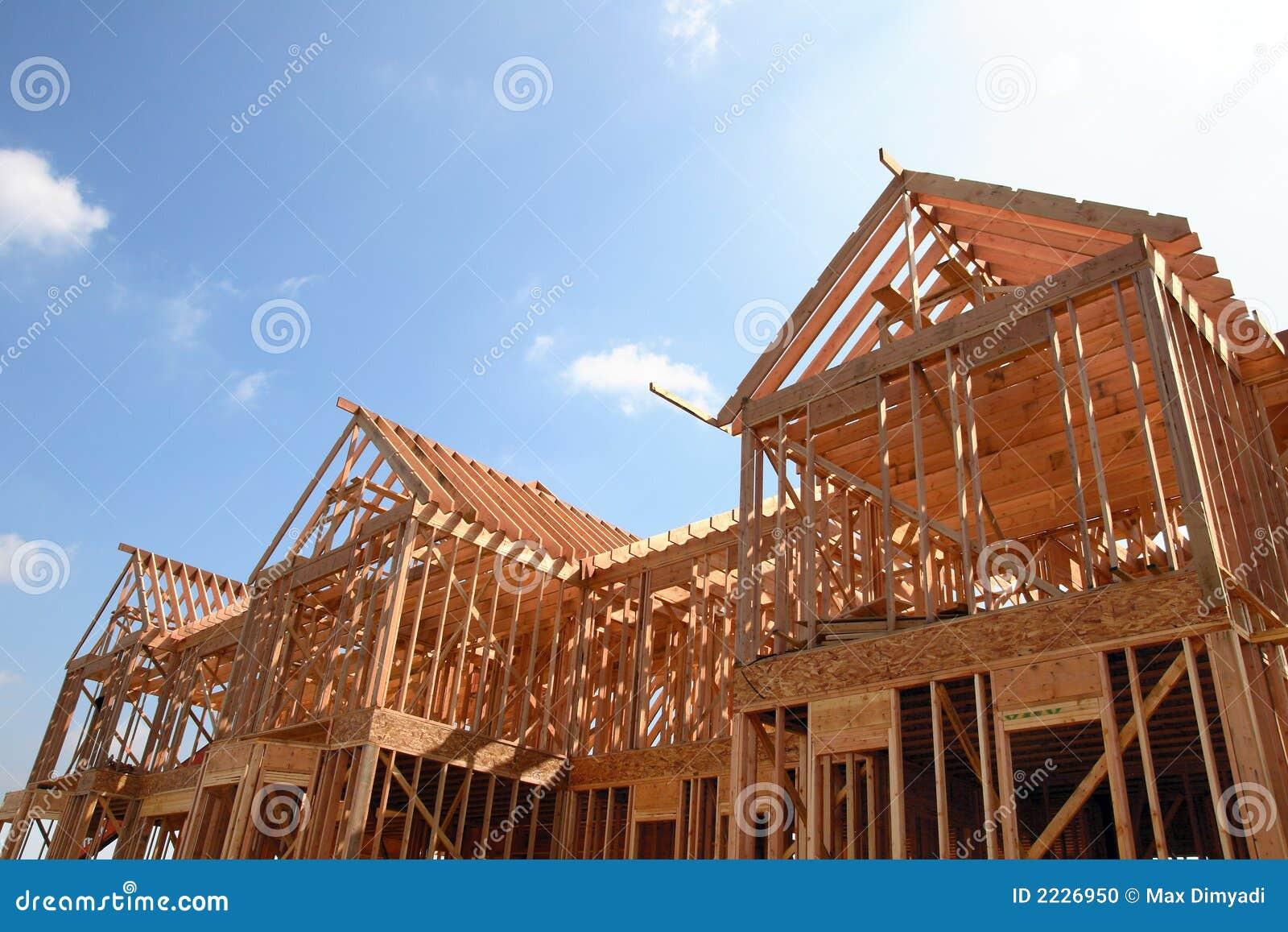 Het houten frame van het huis stock foto afbeelding 2226950 - Huis van het wereldkantoor newport ...