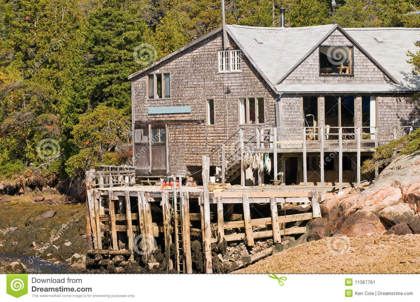 Het huis en het dok van de visser