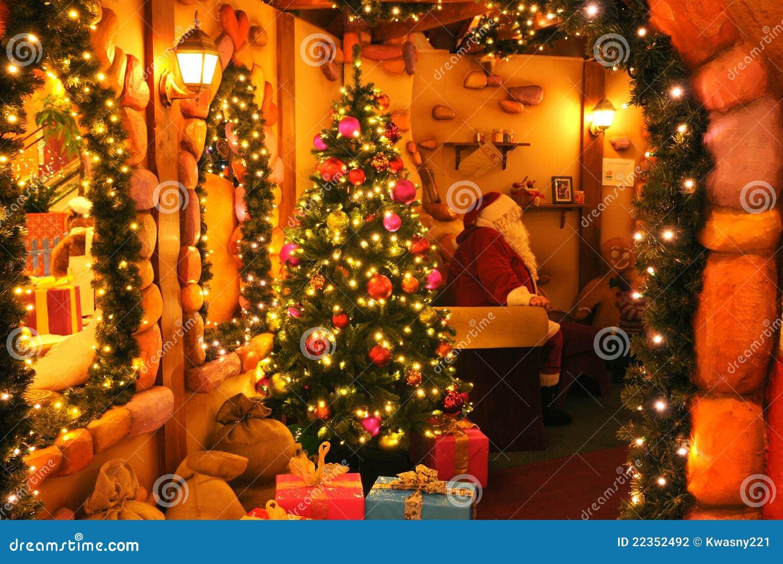 Het huis van de kerstman stock foto afbeelding bestaande uit gift 22352492 - Huis van de cabriolet ...