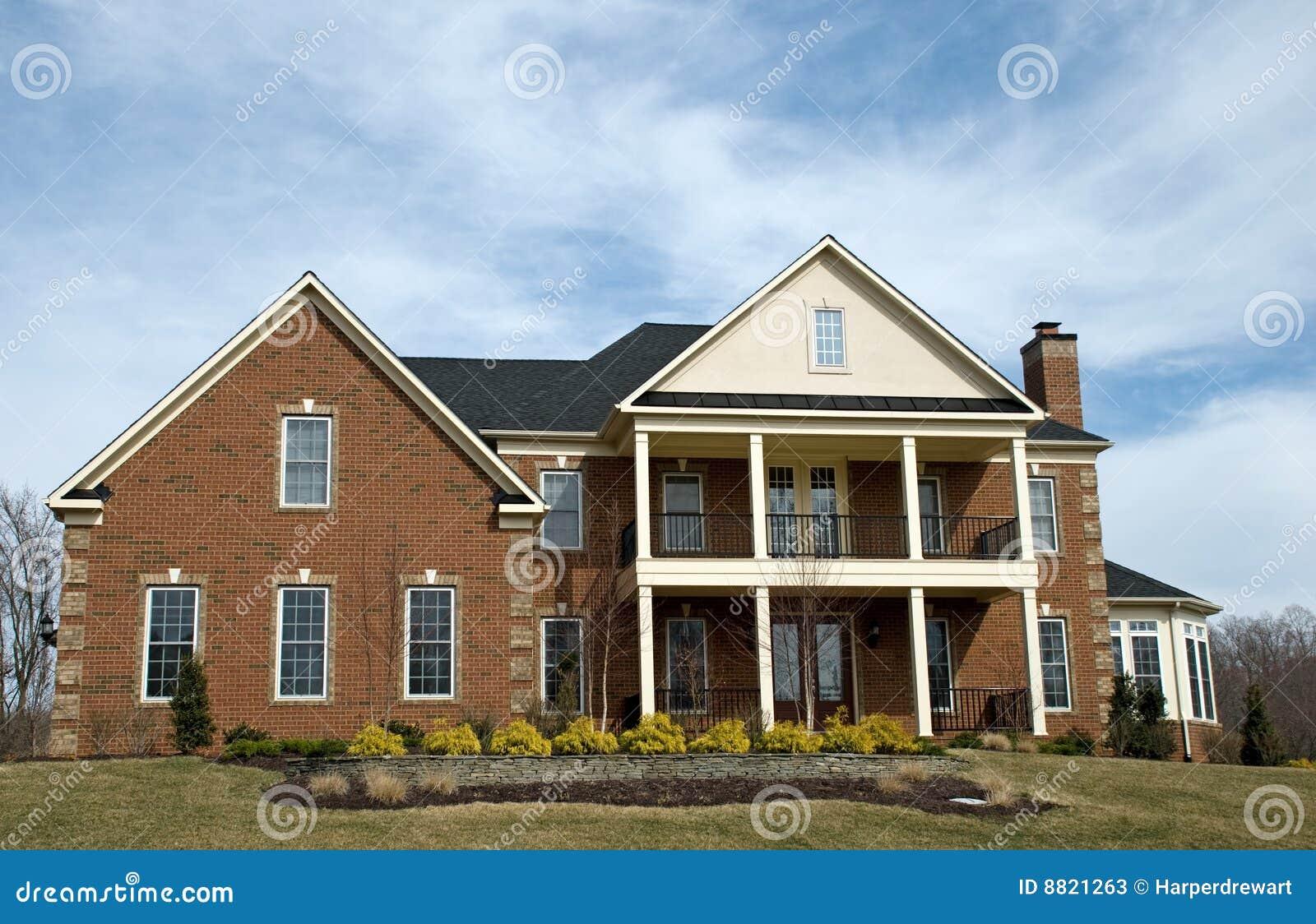 Het huis van de luxe stock afbeelding afbeelding bestaande uit groen 8821263 - Groen huis model ...