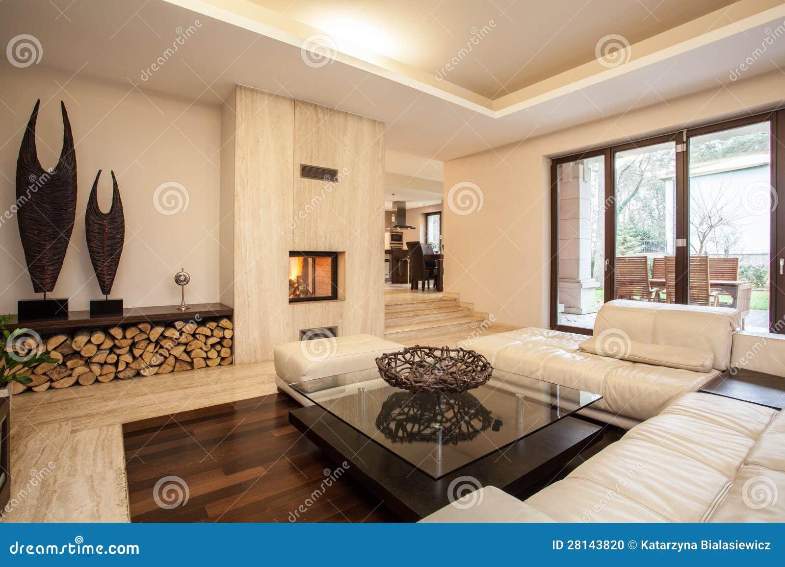 Het huis van de travertijn beige woonkamer stock foto - Salon brun et beige ...