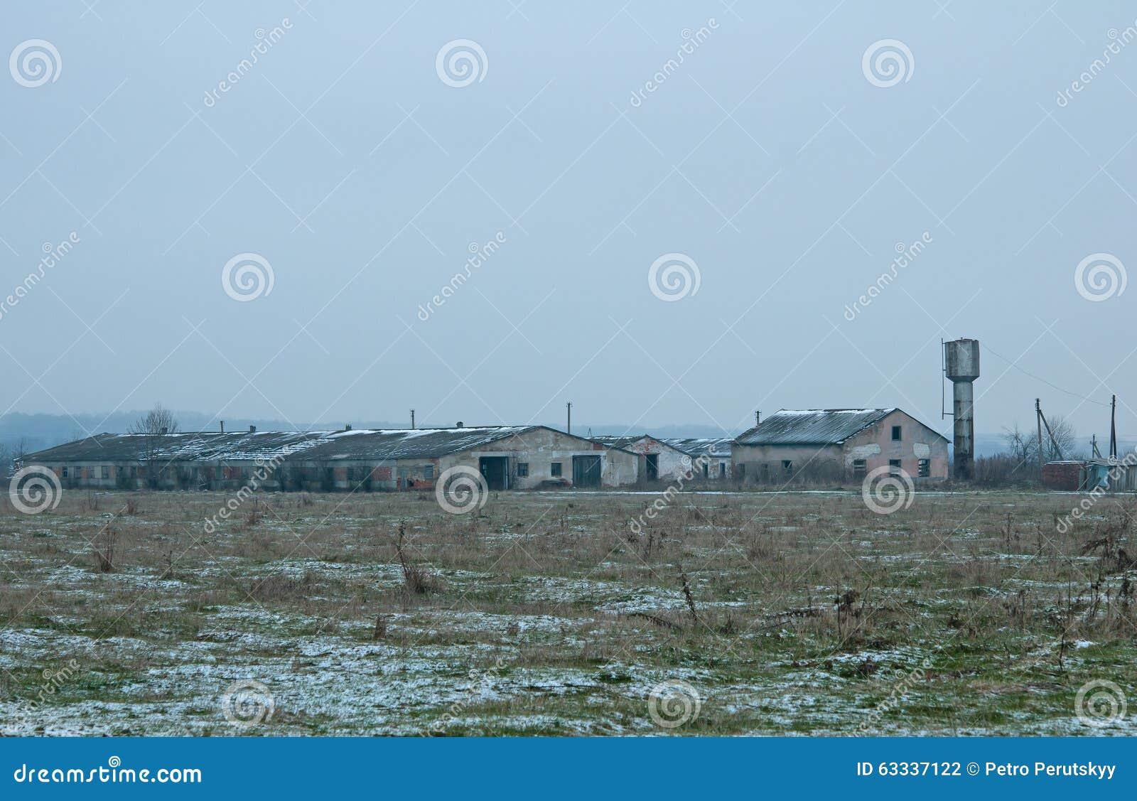 Het huis van het landbouwbedrijf stock foto afbeelding 63337122 - Huis van het wereldkantoor newport ...