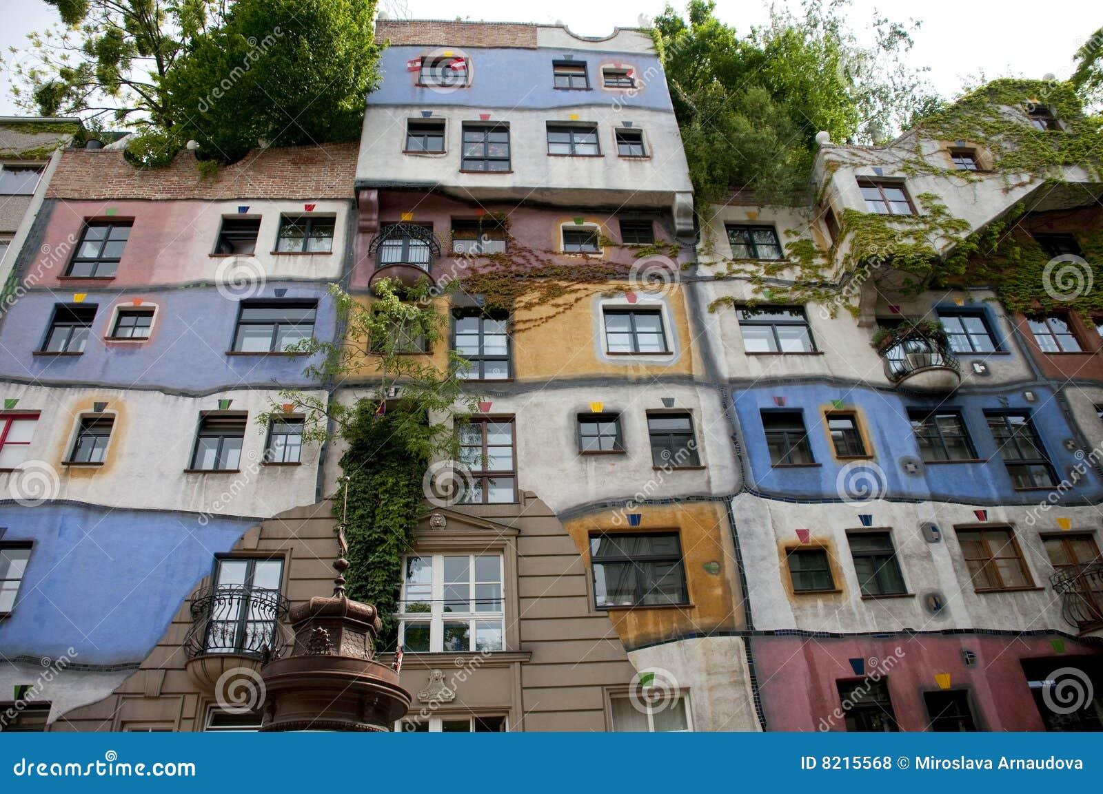 Het huis van hundertwasser stock foto afbeelding bestaande uit wenen 8215568 - Foto huis in l ...