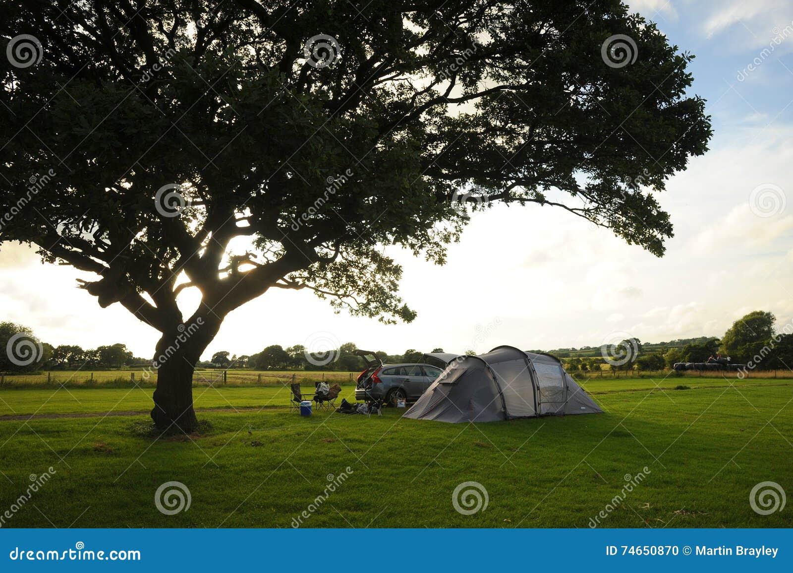 Het Kamperen In Landelijk Engeland Eenzaamheid En Sunsets