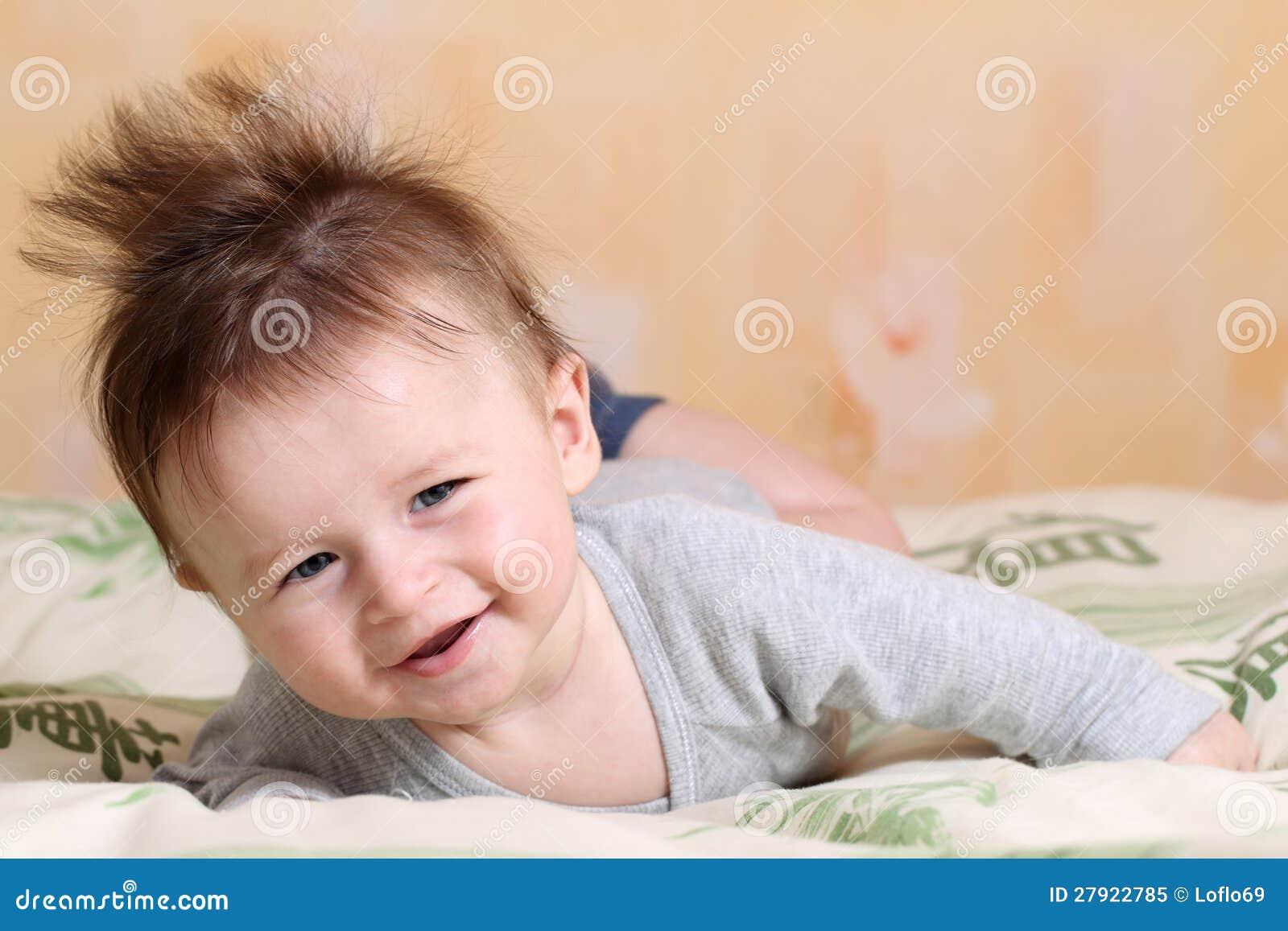 Het kapsel van mohawk voor baby royalty vrije stock foto afbeelding 27922785 - Foto baby jongen ...