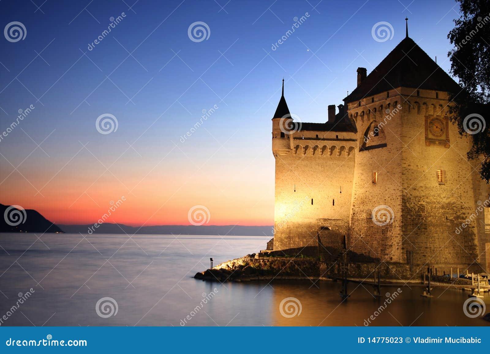 Het Kasteel Chillon In Montreux, Zwitserland Stock Foto u0026#39;s   Beeld  14775023