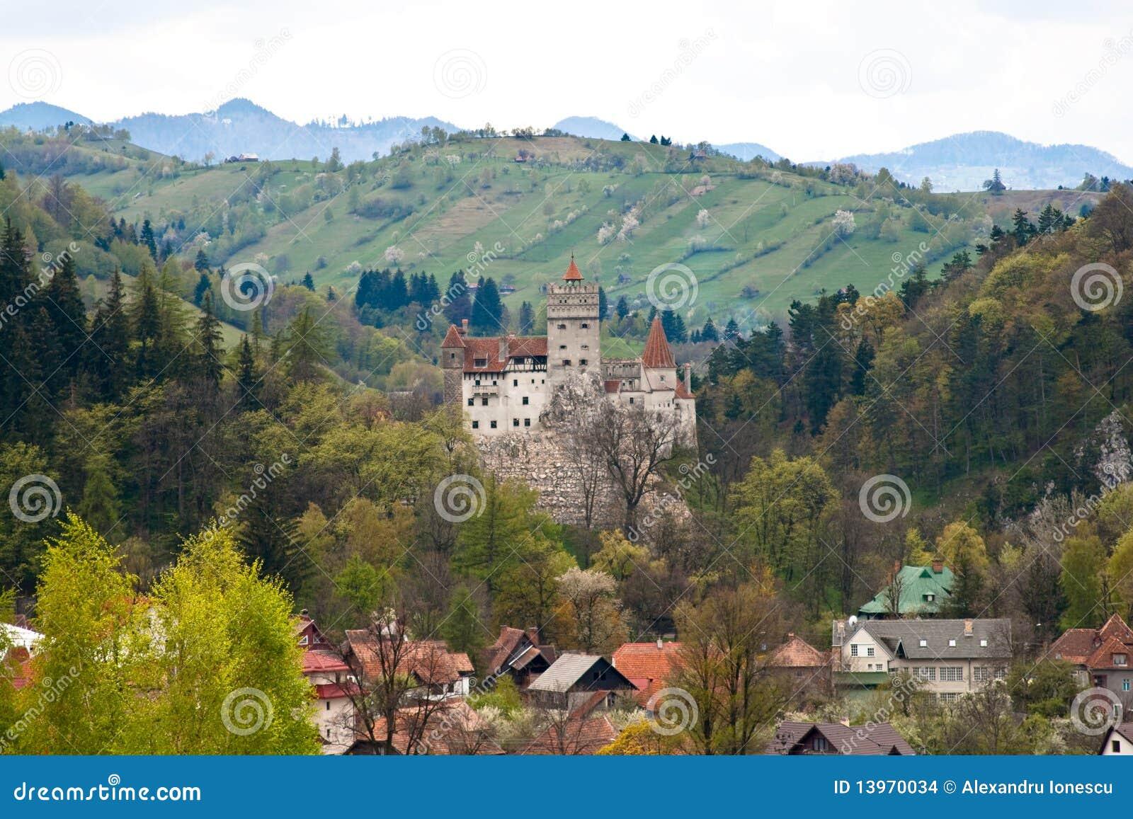 Het Kasteel Van De Zemelen Van Dracula Van Roemeni u00eb Stock Afbeeldingen   Afbeelding  13970034