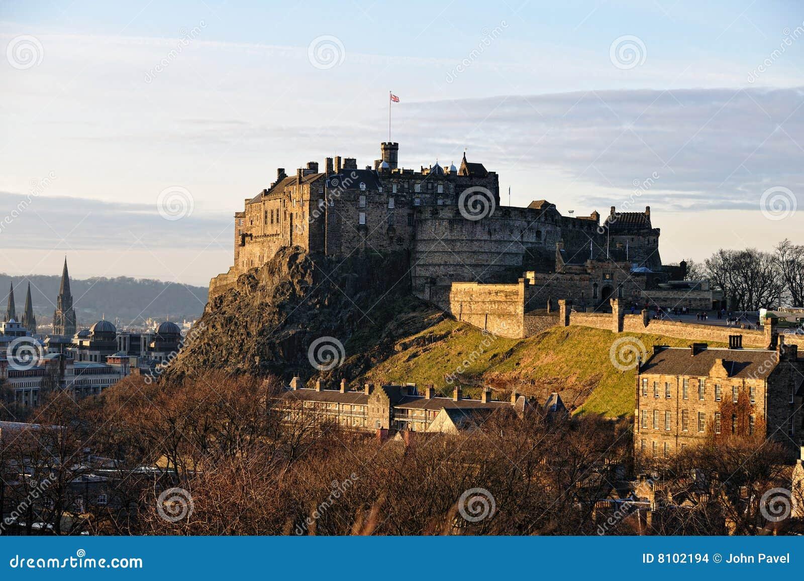 Het Kasteel van Edinburgh, Schotland, in de winterlicht