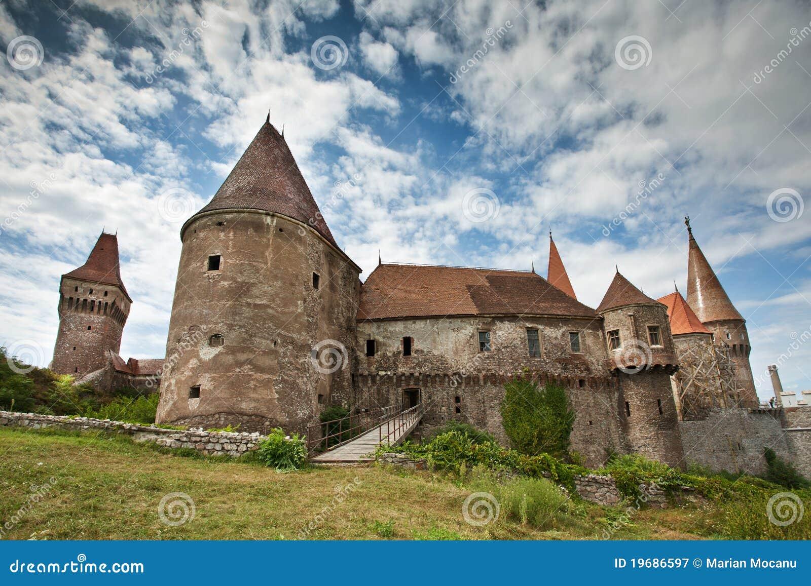 Het kasteel van Huniazilor