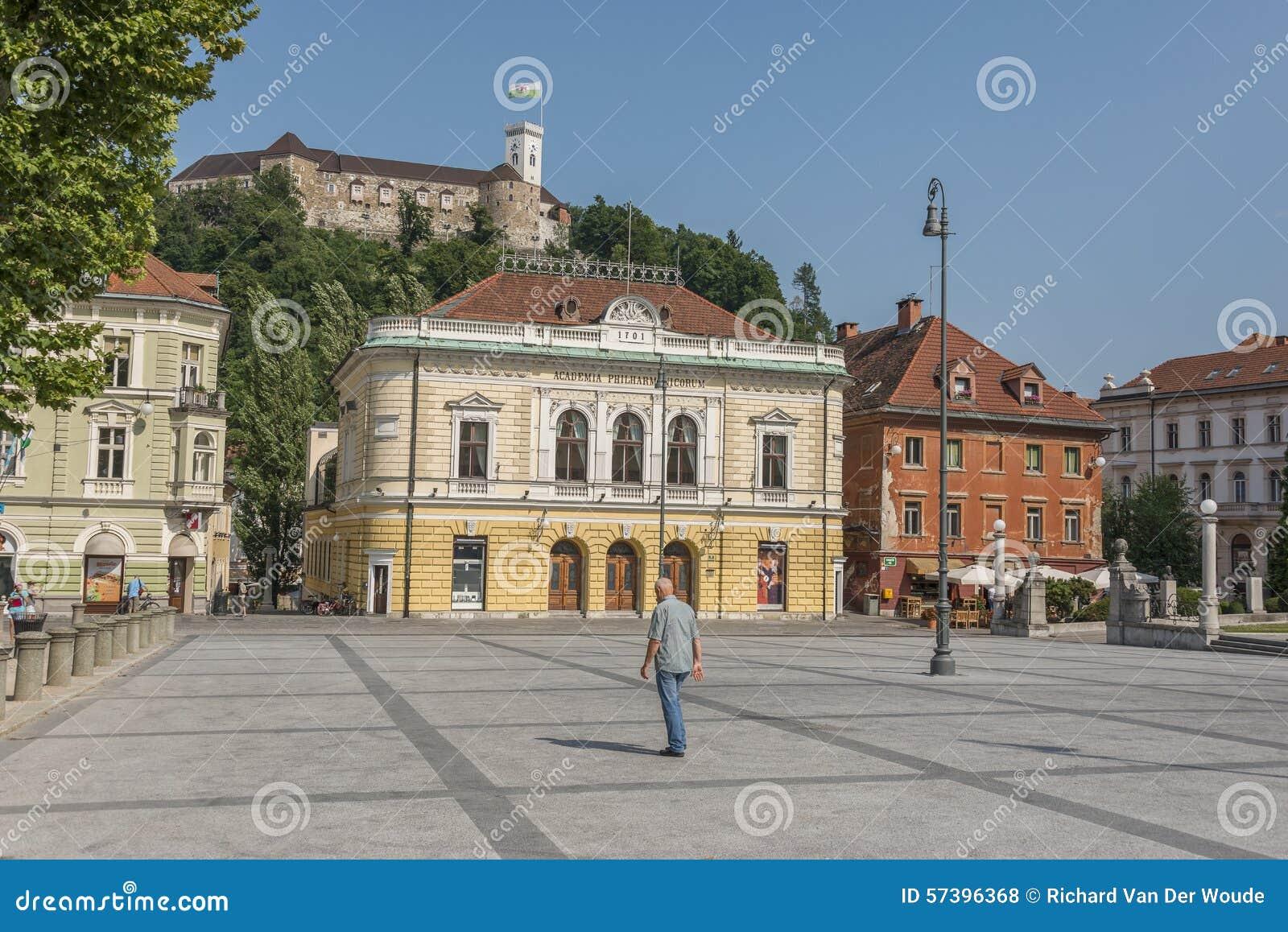 Het Kasteel van Ljubljana en Congresvierkant in Ljubljana, Slovenië