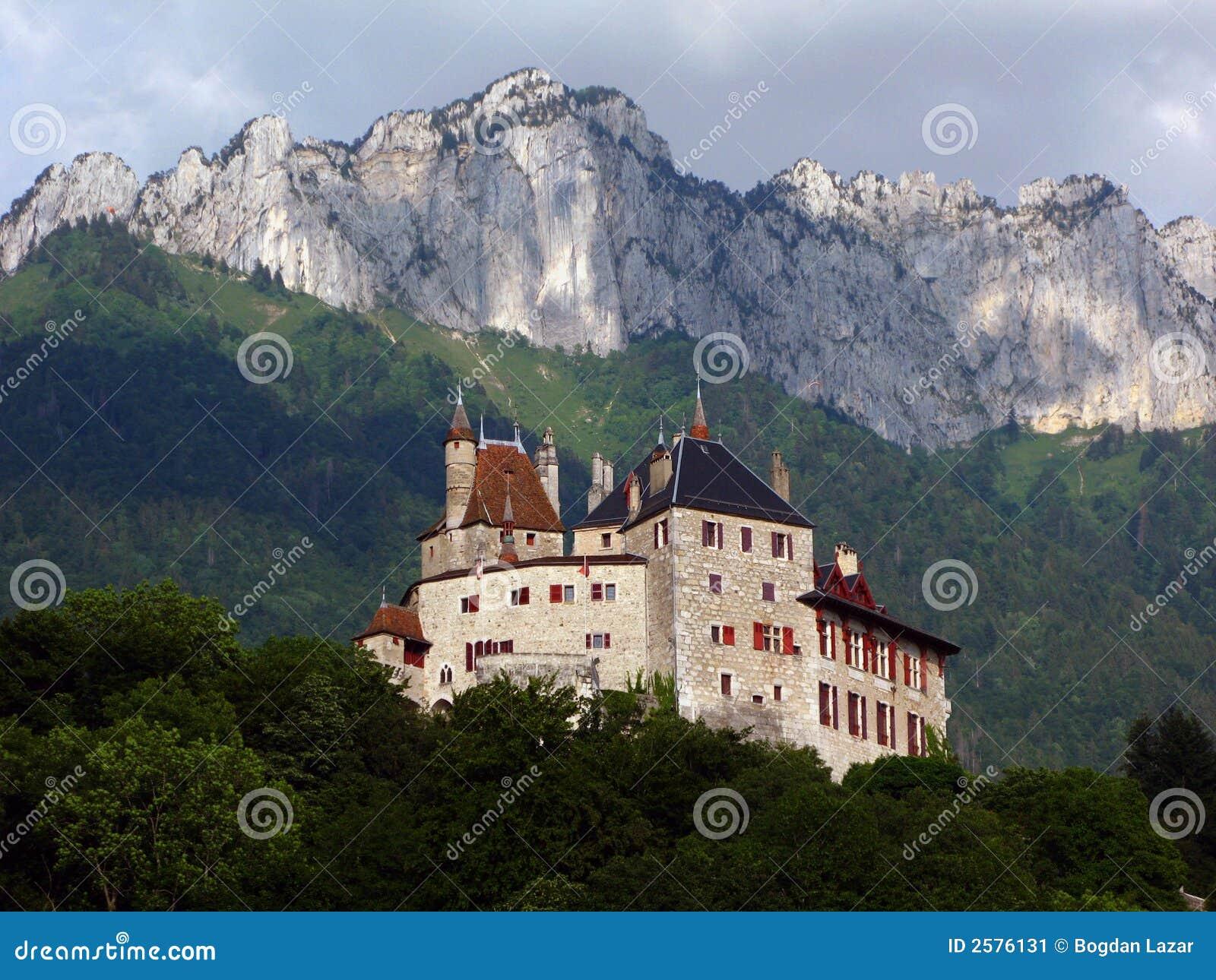 Het Kasteel van Menthon, Annecy, Frankrijk