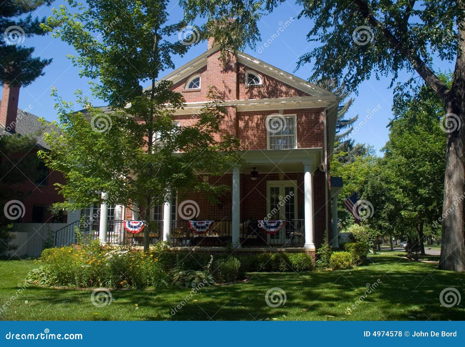 Het klassieke amerikaanse huis van het herenhuis 1800s stock foto afbeelding 4974578 - Huis van het wereldkantoor newport ...