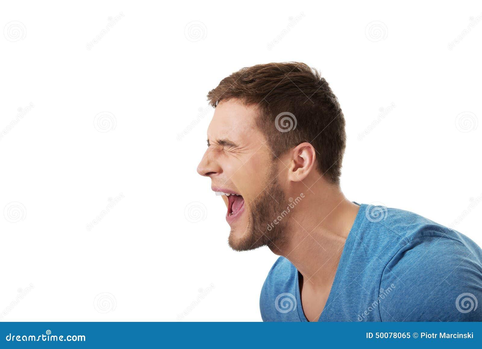 Het knappe mens luid gillen