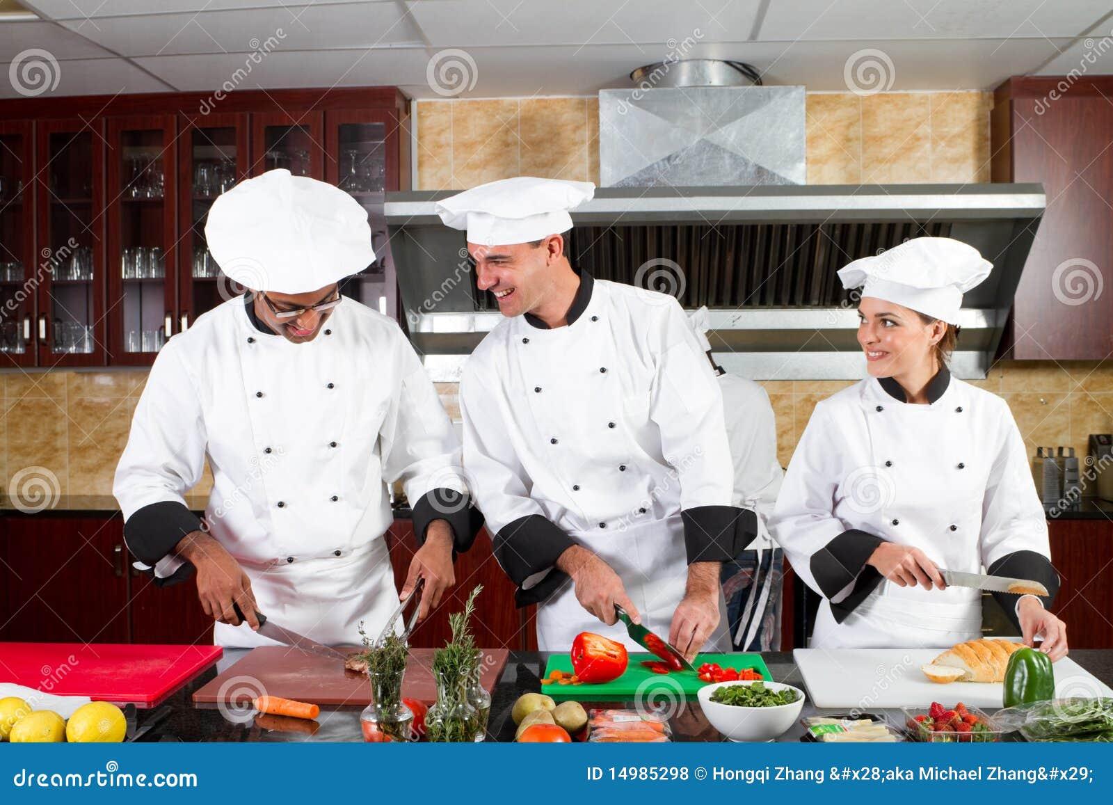 Het koken van chef koks royalty vrije stock foto 39 s afbeelding 14985298 - Professionele keukenhoed ...