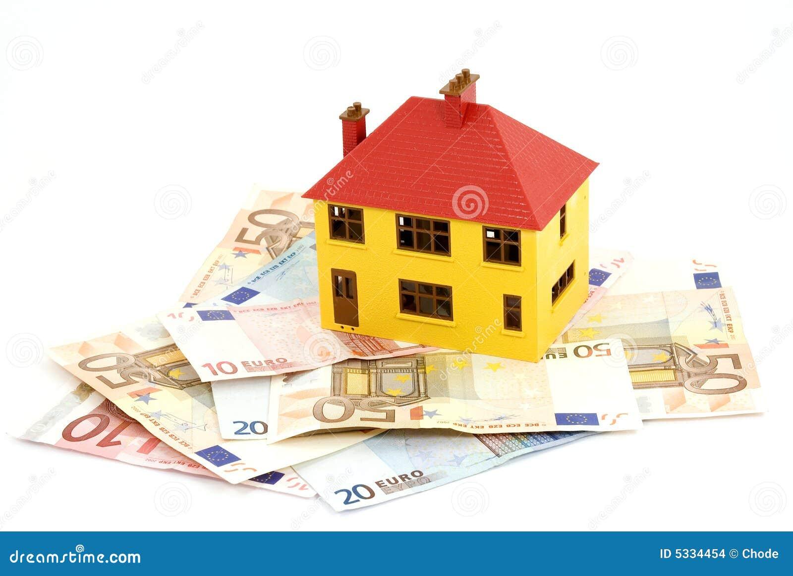 Het kopen van huis stock foto afbeelding bestaande uit bankbiljet 5334454 - Fotos van huis ...