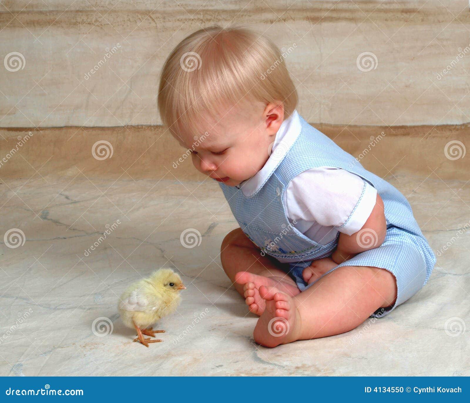 Het Kuiken en de Baby van Pasen