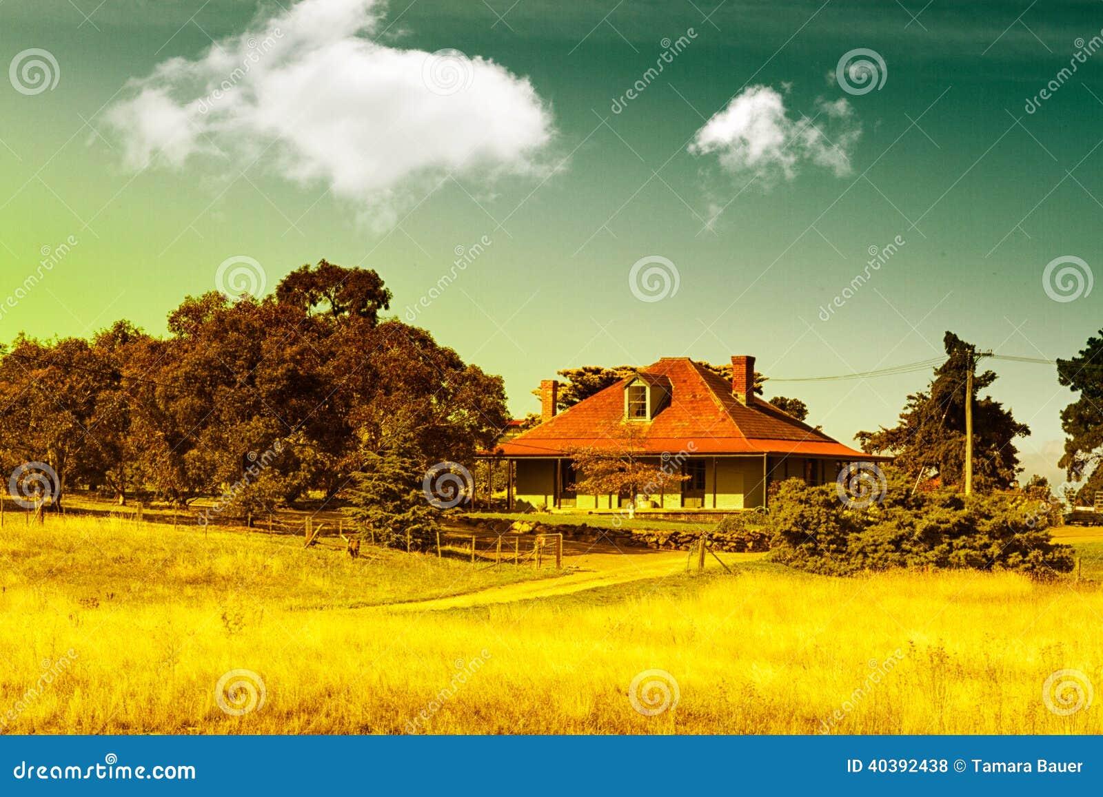 Het landbouwbedrijfhuis van het land