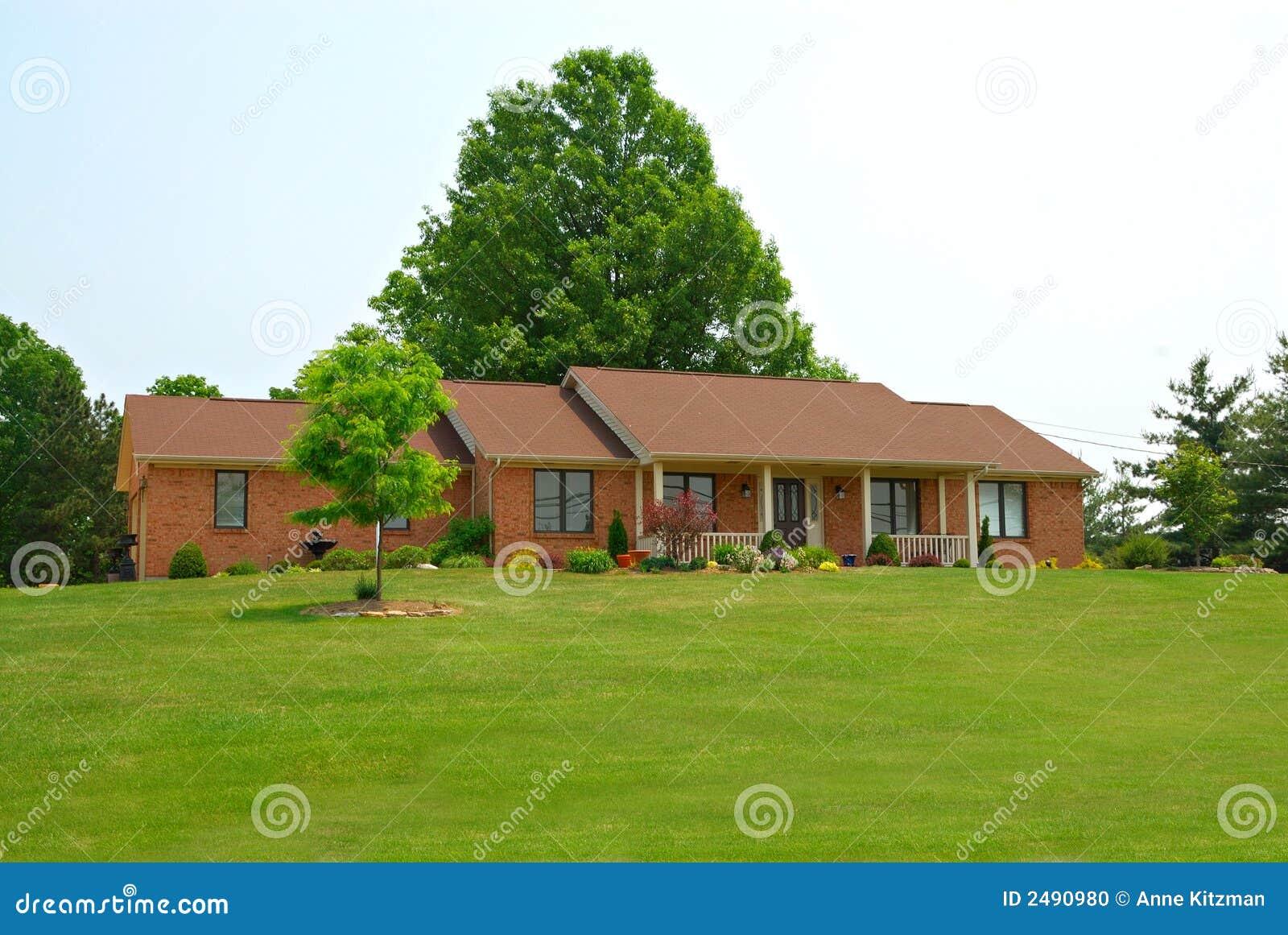 Het landelijke huis van de boerderij stock foto afbeelding 2490980 - Huis van de wereldbank ...