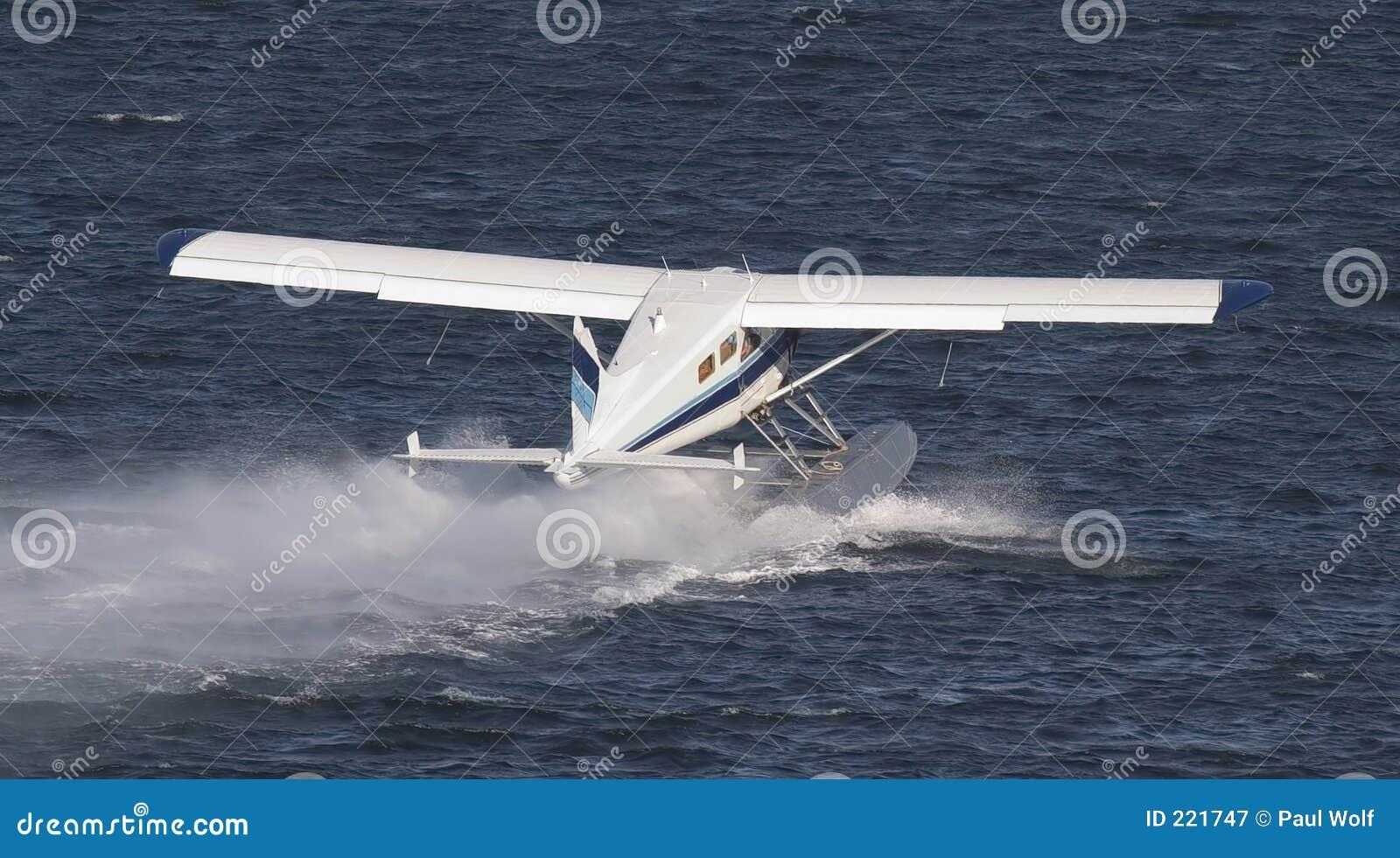 Het Landen van het Vliegtuig van de vlotter