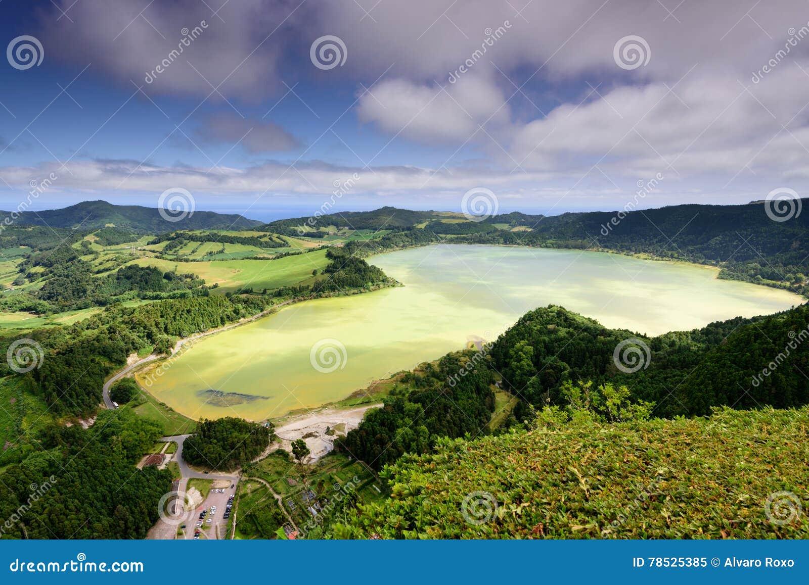 Het landschap van de Azoren in Lagoa das Furnas