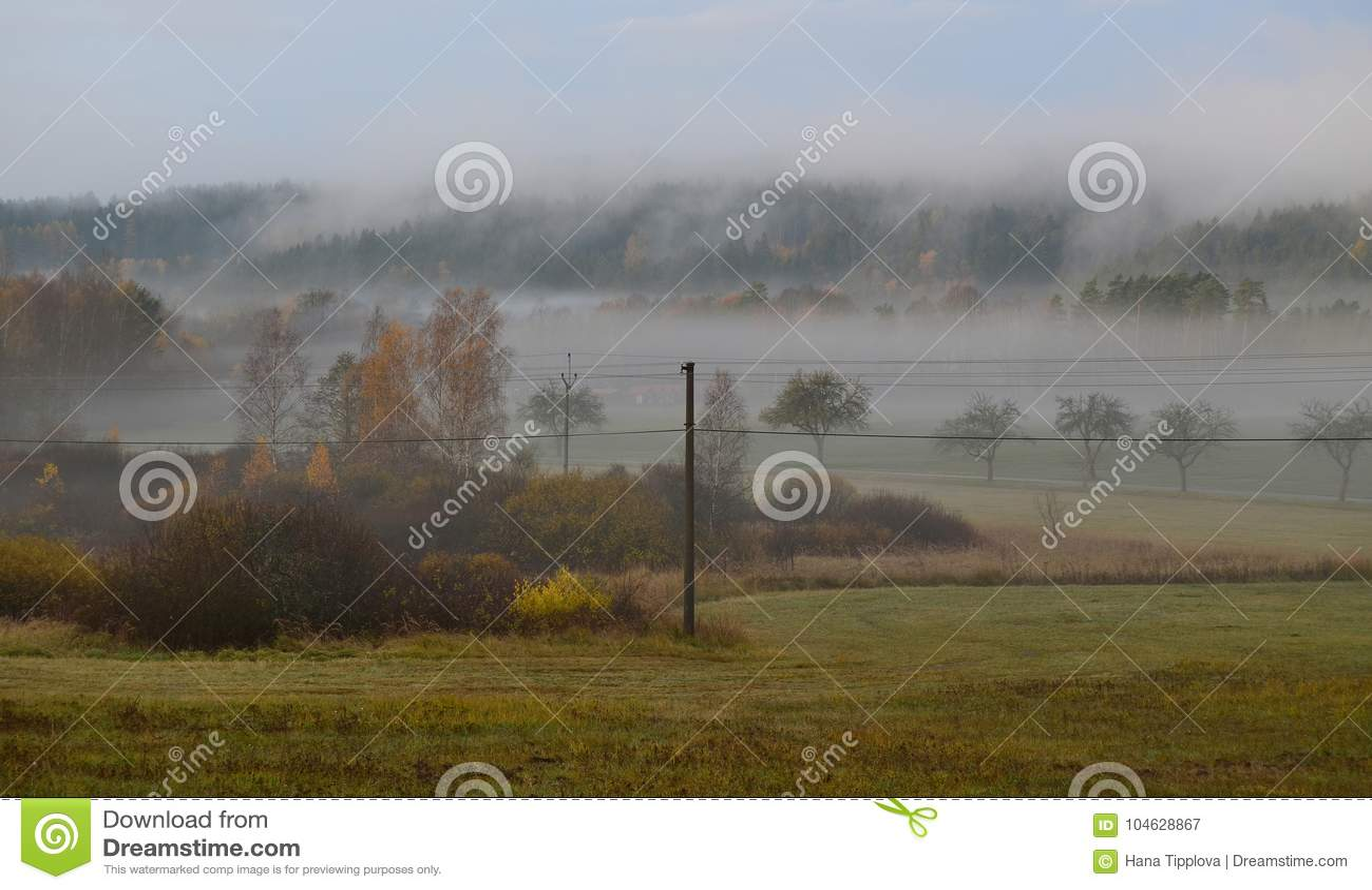 Download Het Landschap Van De Meningsherfst, Zuidelijke Bohemen, Tsjechische Republiek Stock Afbeelding - Afbeelding bestaande uit bladeren, schaduw: 104628867