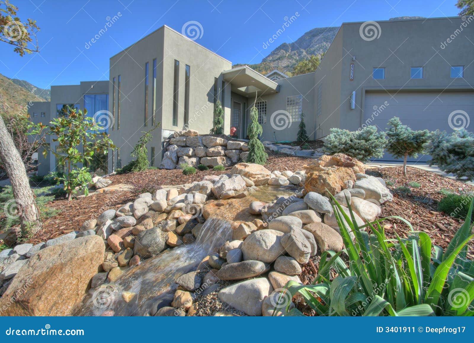 Het Landschap van het huis xeriscape