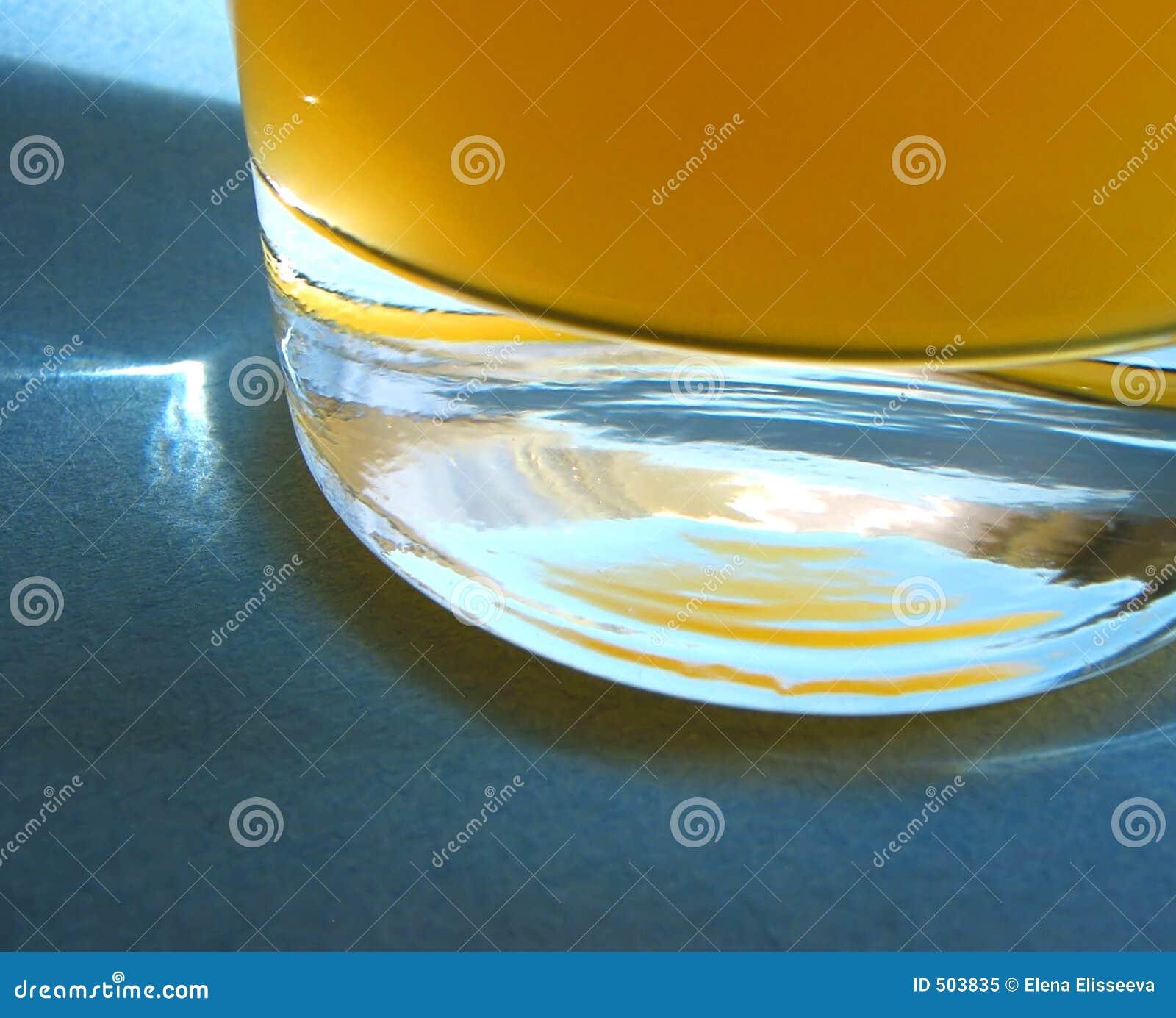 Het lange glas van het jus d orange
