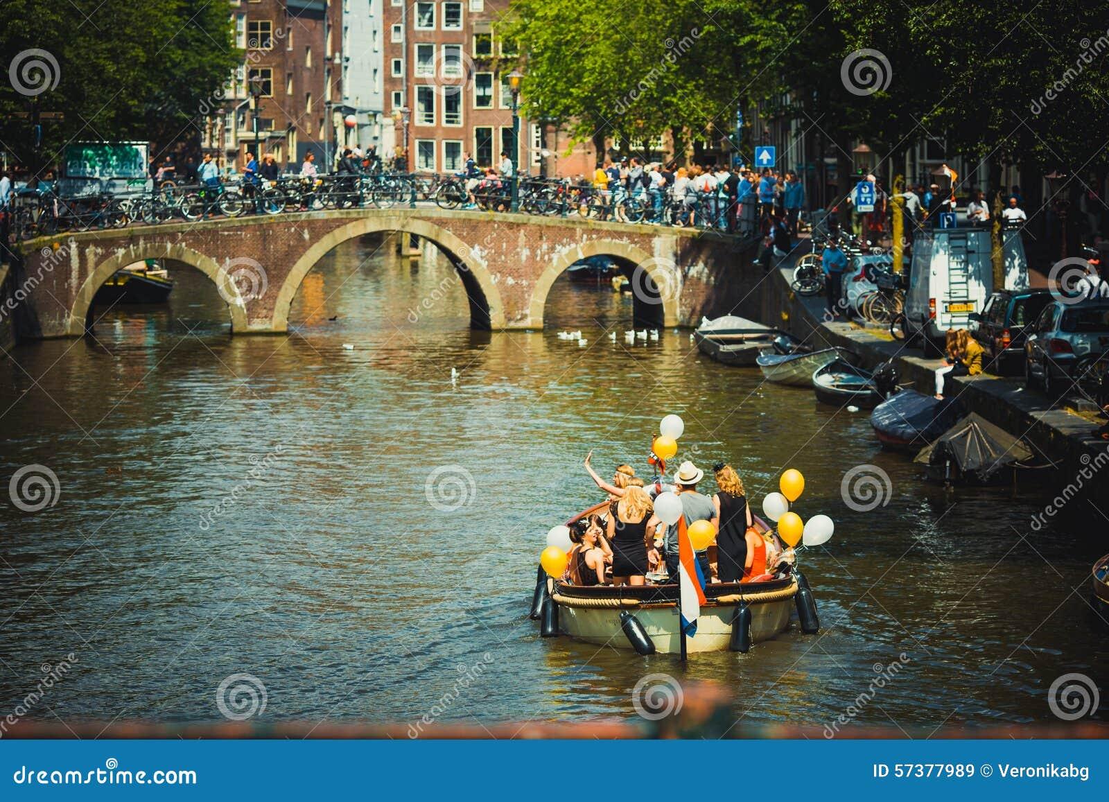 Het leven in Amsterdam, Nederland