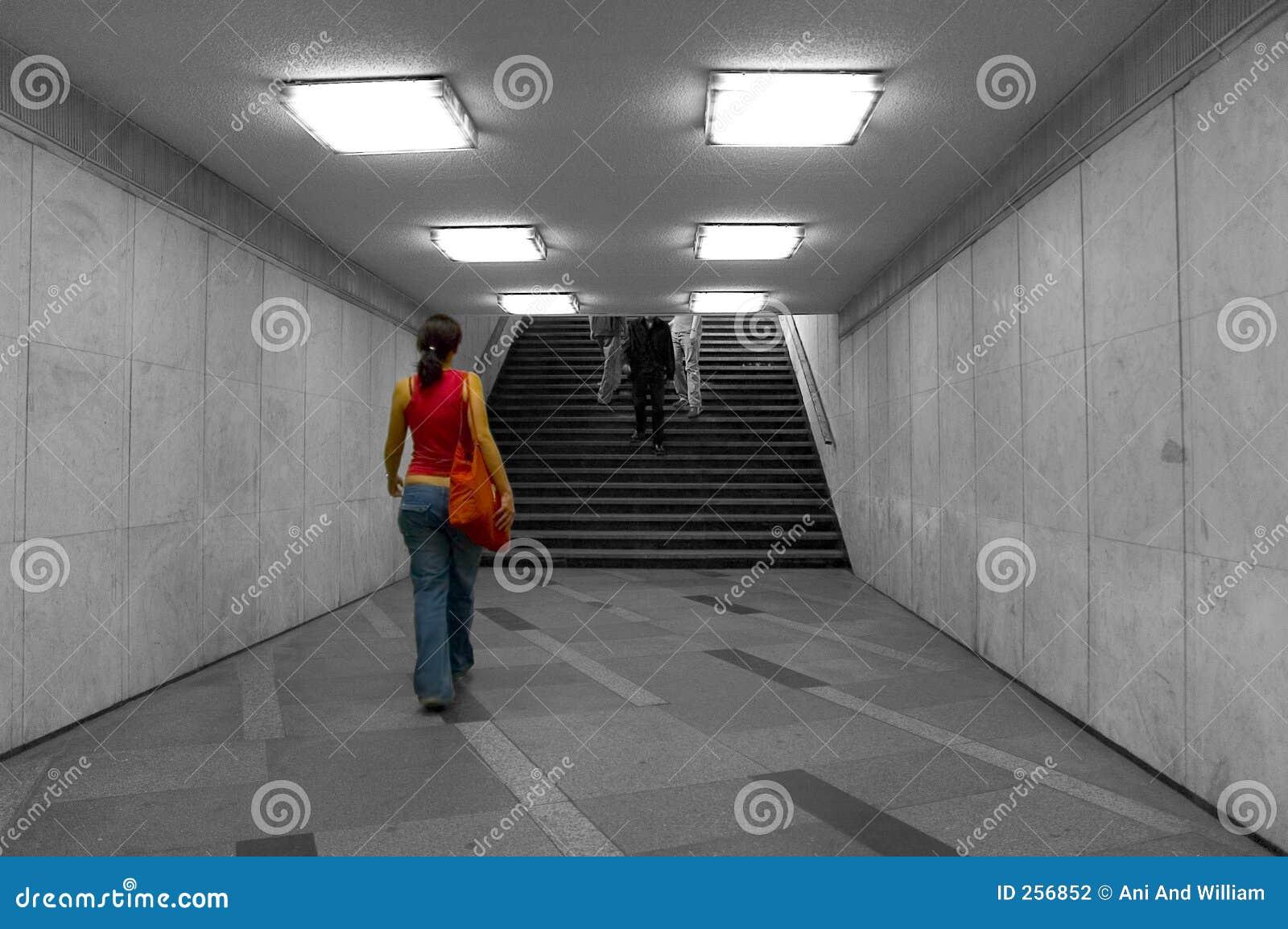 Het lopen in ondergronds