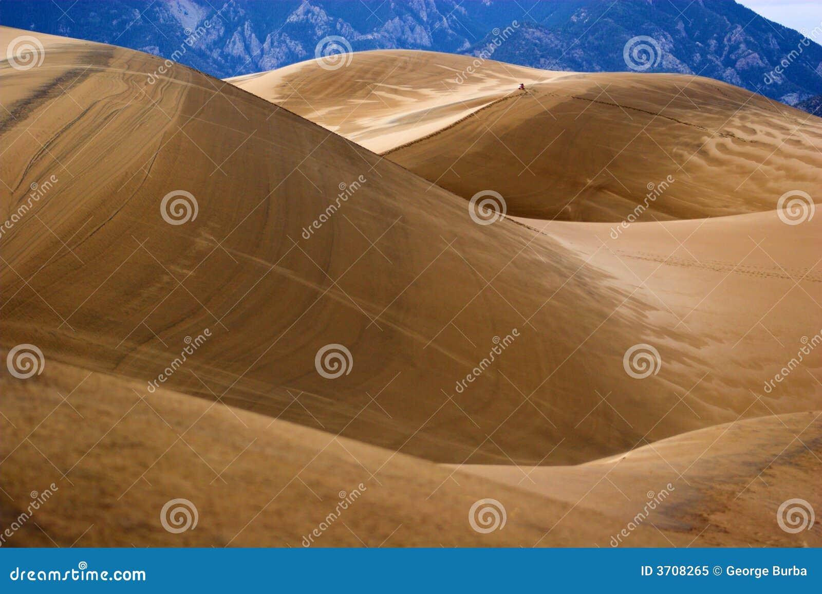 Het lopen in zandduinen