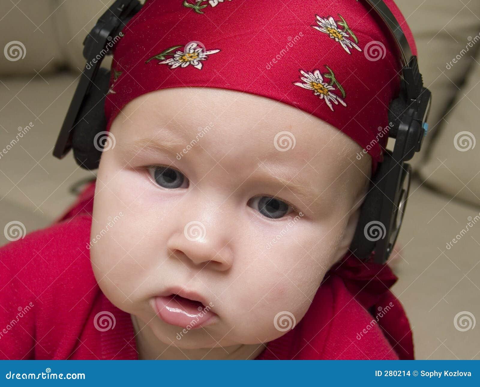 Het luisteren aan de muziek