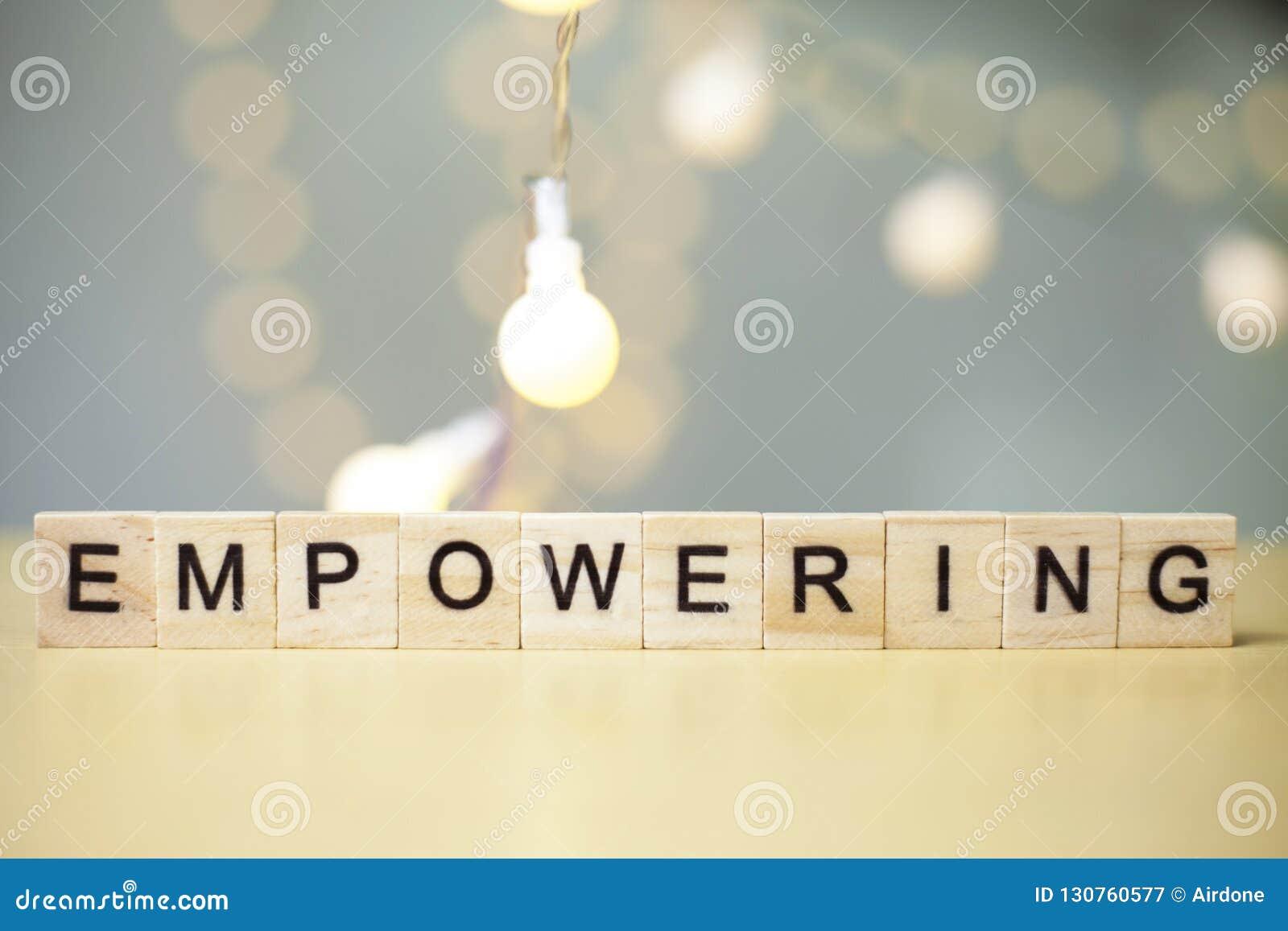Het machtigen, het Concept van Bedrijfswoordencitaten