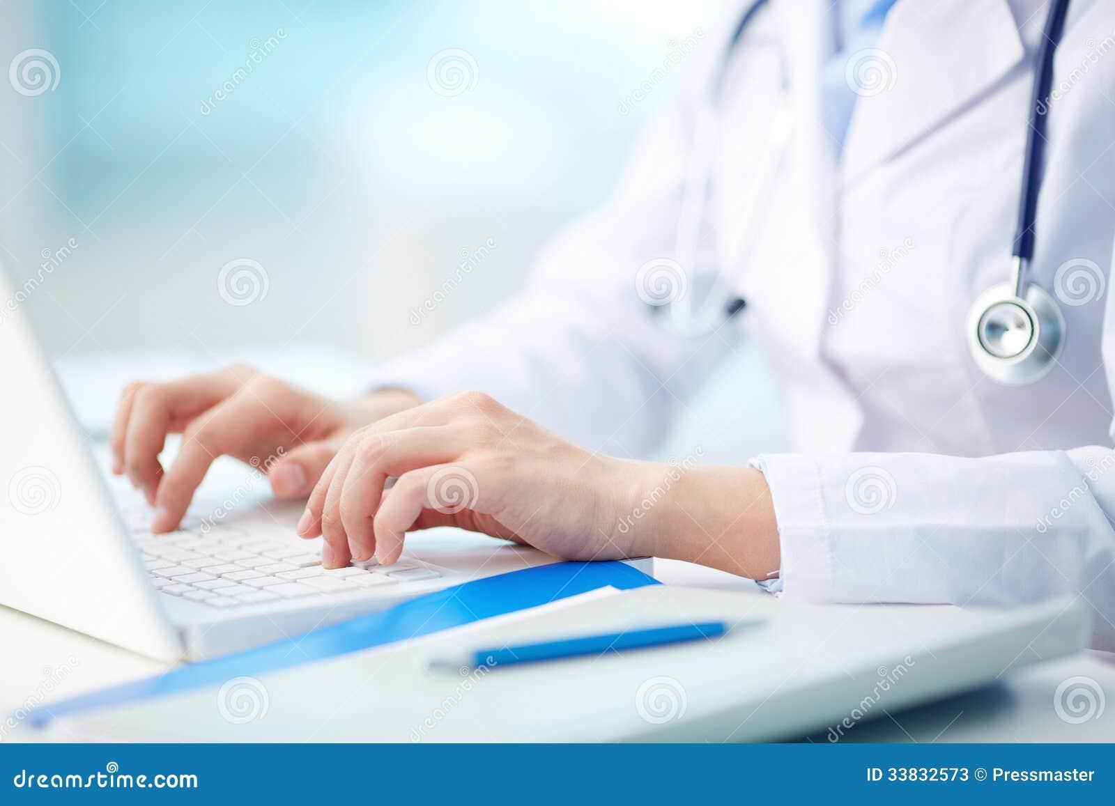 Het medische persoon typen