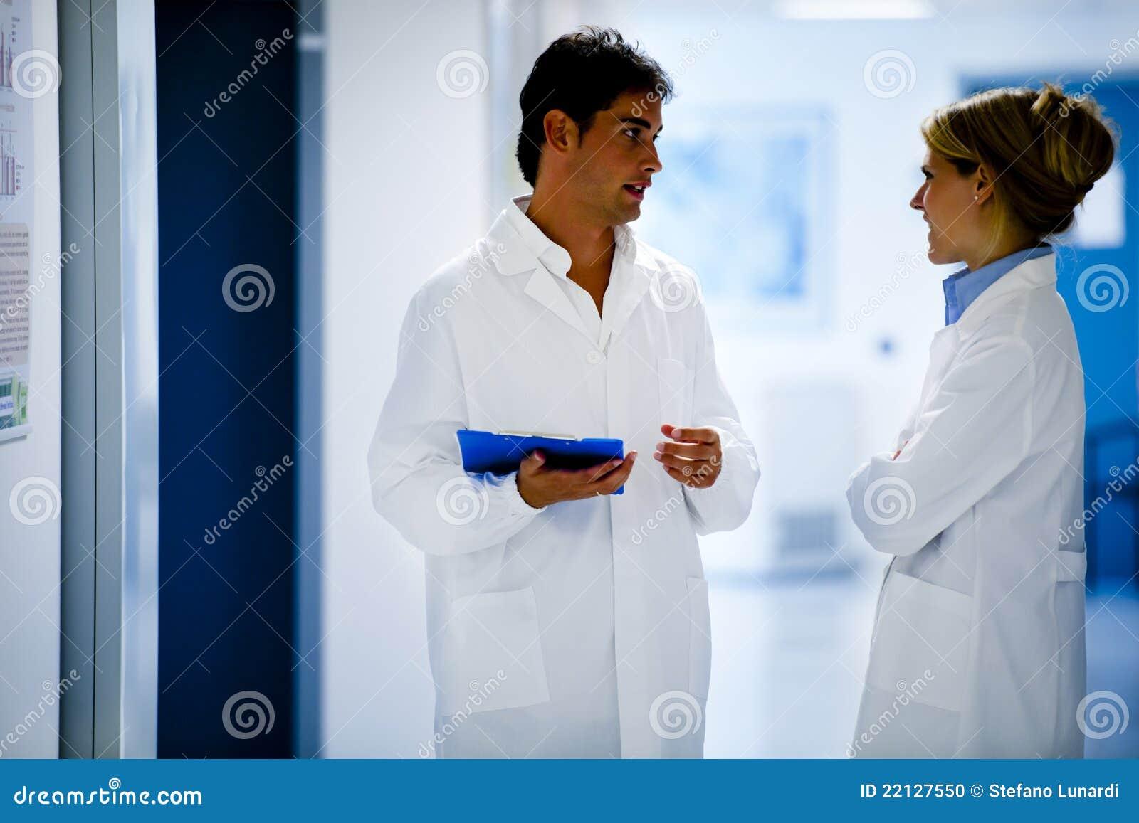 Het medische Raadplegen van het Personeel
