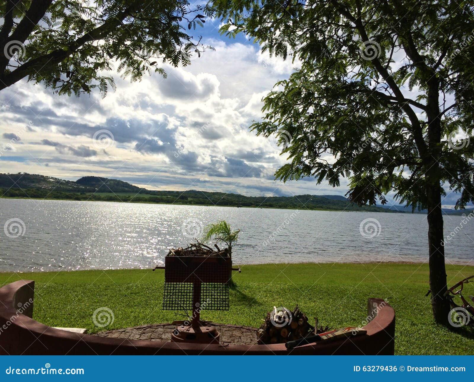Het meer van Zimbabwe